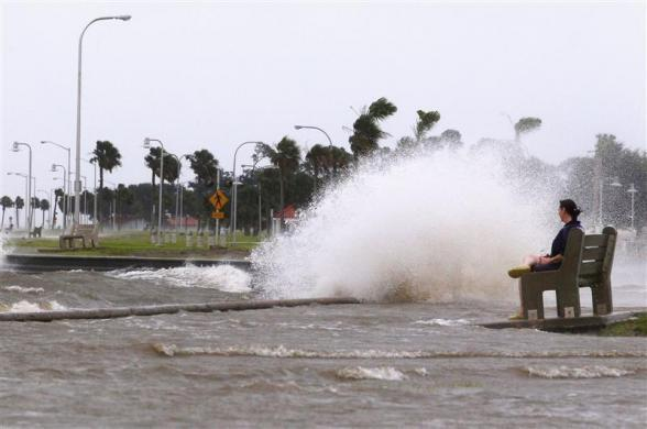 Hurricane Isaac Strikes Gulf Coast