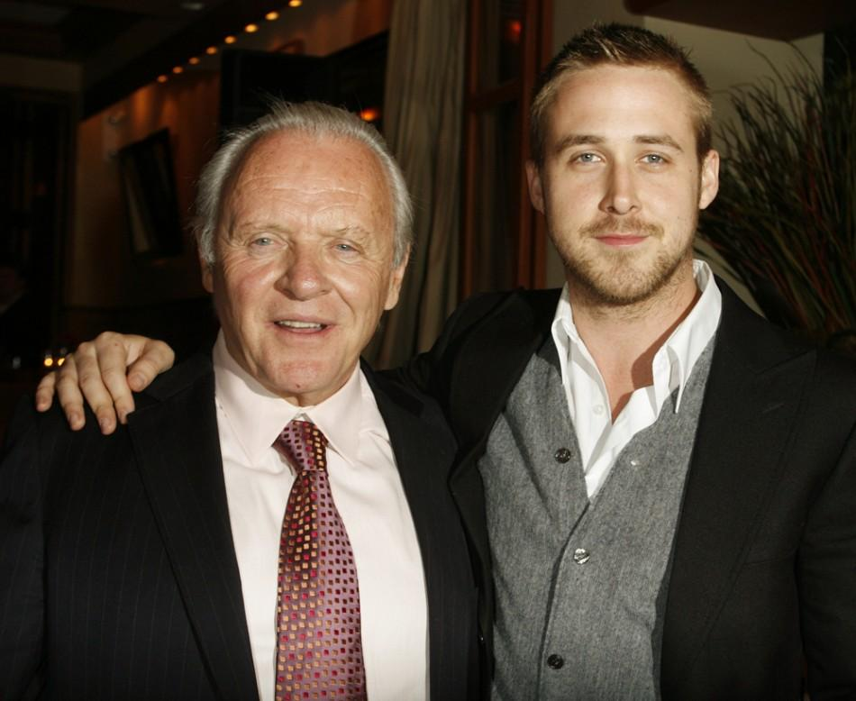 Anthony Hopkins (L) and Ryan Gosling