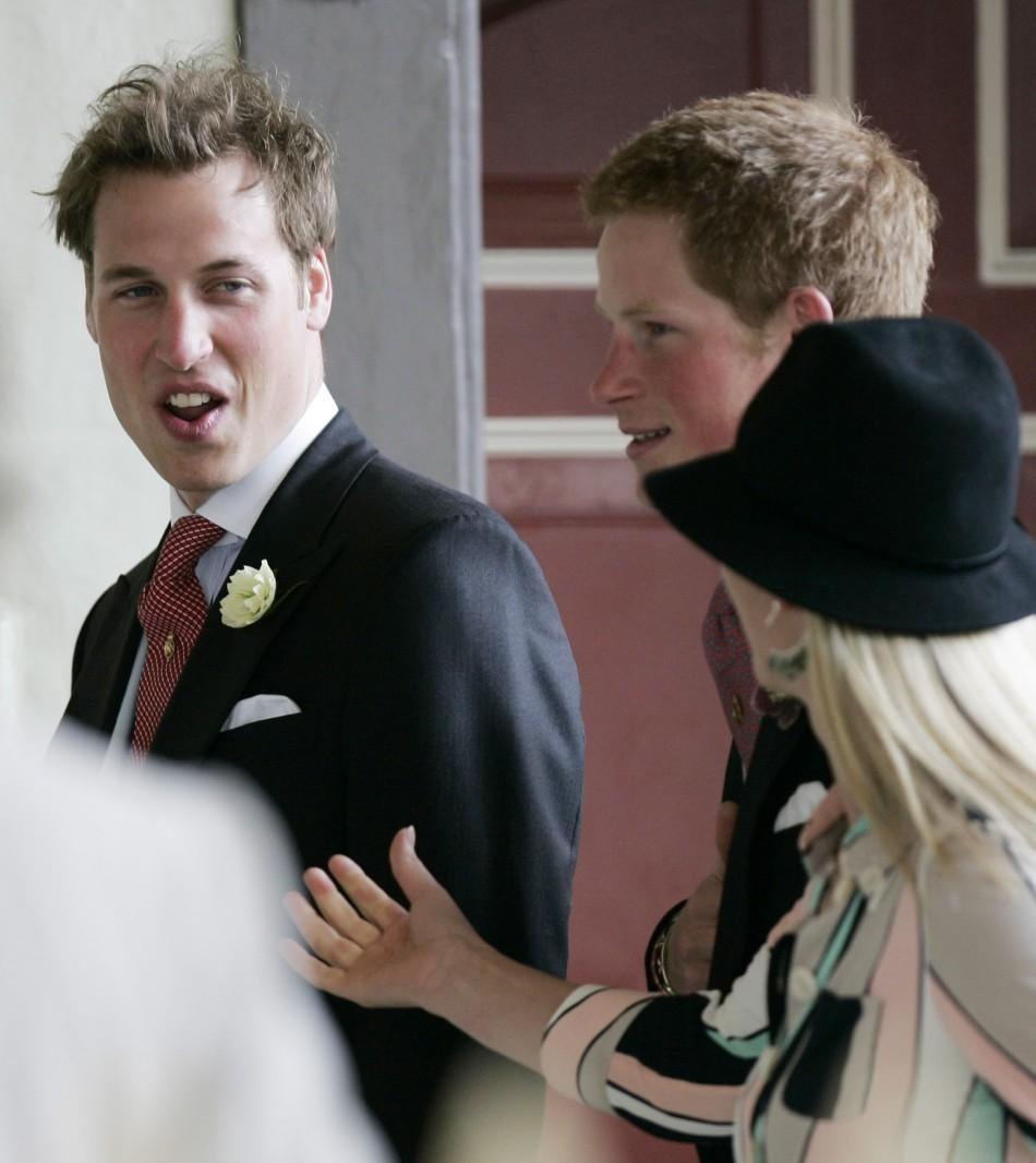 Britain's princes William and Harry arrive with Zara Phillips for Prince Charles's marriage to Camilla Parker Bowles. Britain's princes William (L) and Harry, sons of Prince Charles, arrive with Zara Phillips at the Guildhall in Windsor, southern England