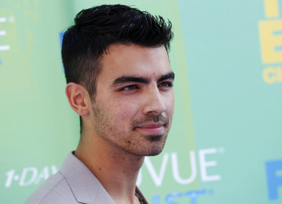 Singer Joe Jonas arrives at the Teen Choice Awards in Los Angeles
