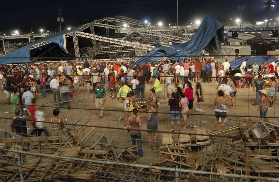 Deadly Indiana Stage Collapse Kills At Least 5, Injures 40 (Photos)