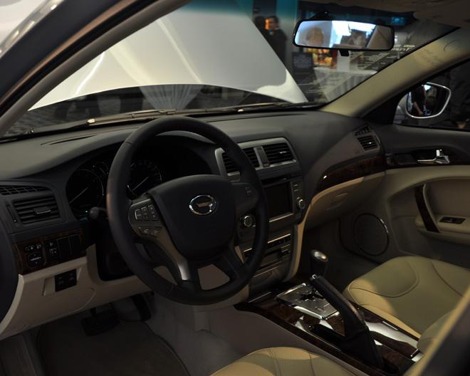 Interior of the GAC Trumpchi 4WD hybrid