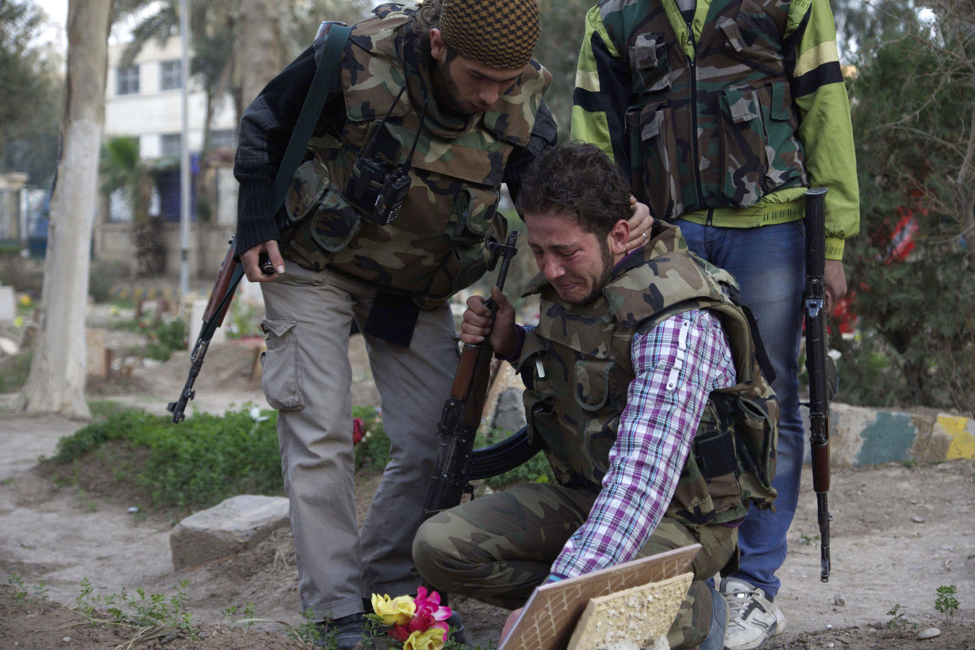 Syrian Rebels Grieve