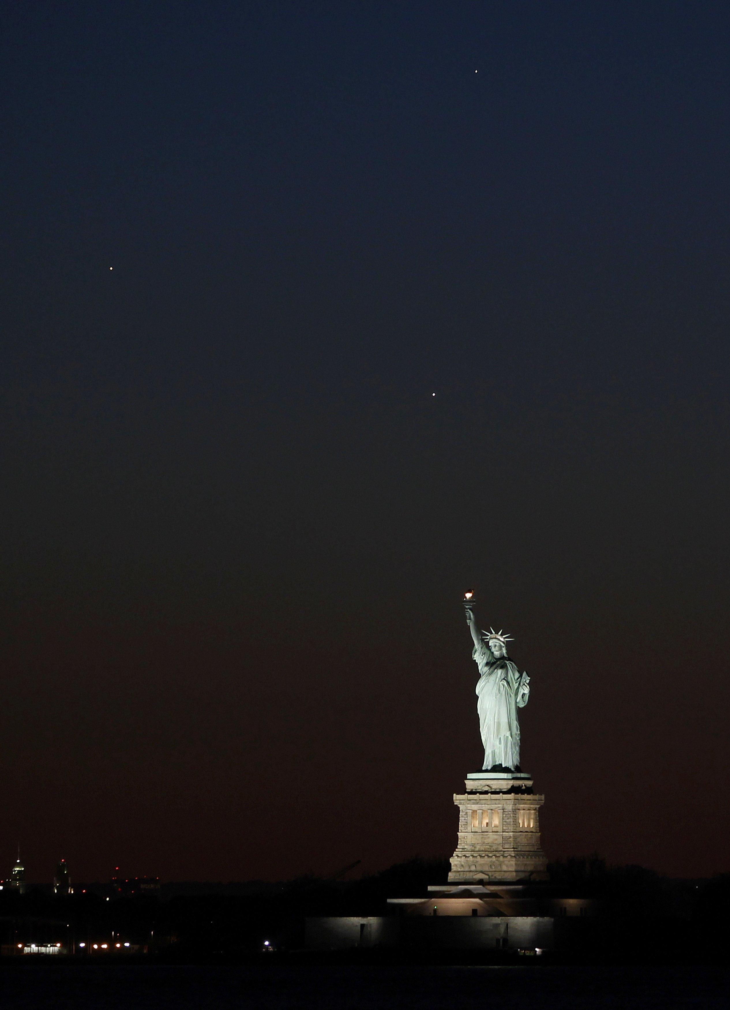 Statue Of Liberty's Superstorm Sandy Comeback Almost ...