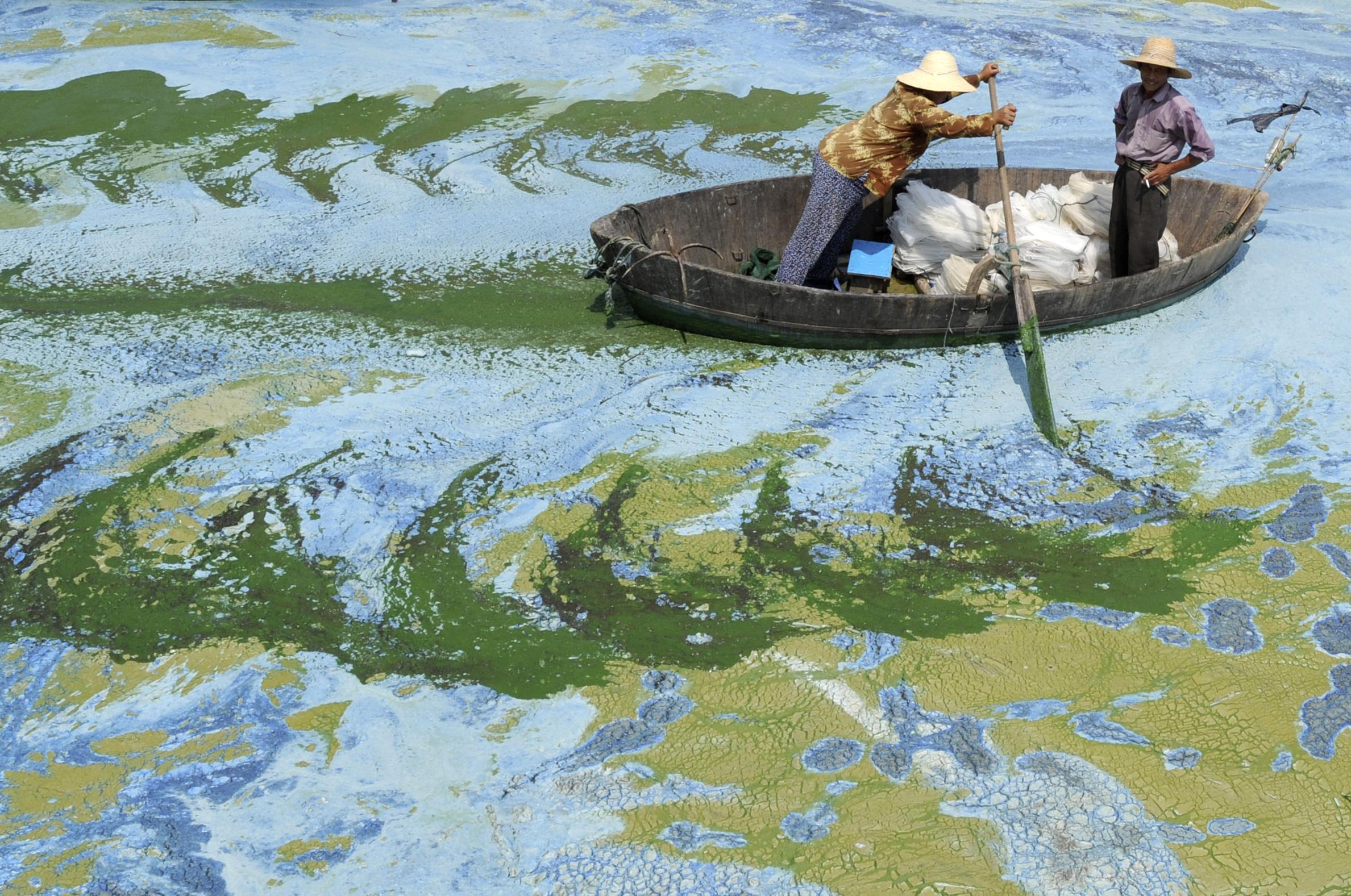 China river pollution