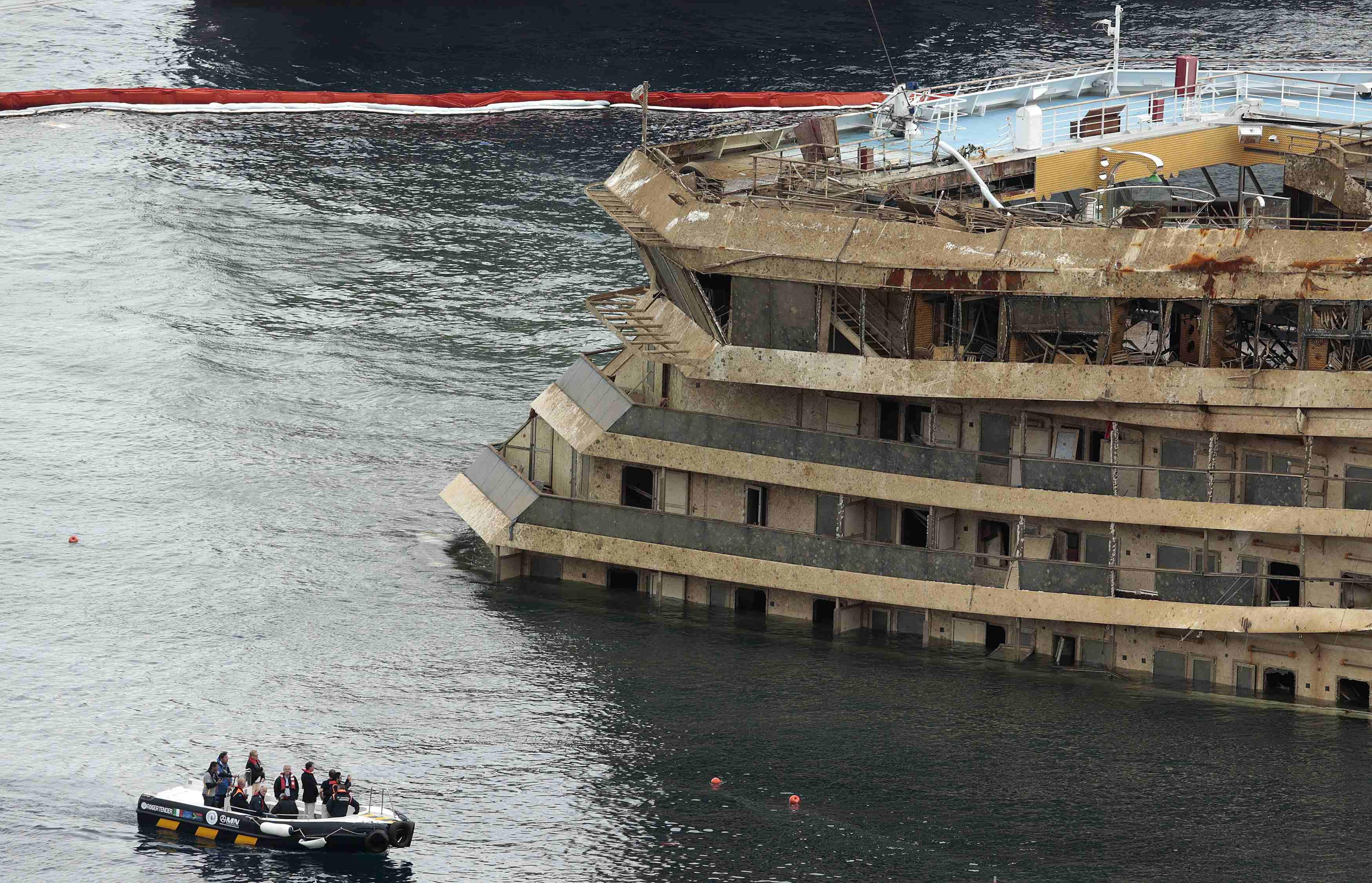 Costa Concordia Closeup 3