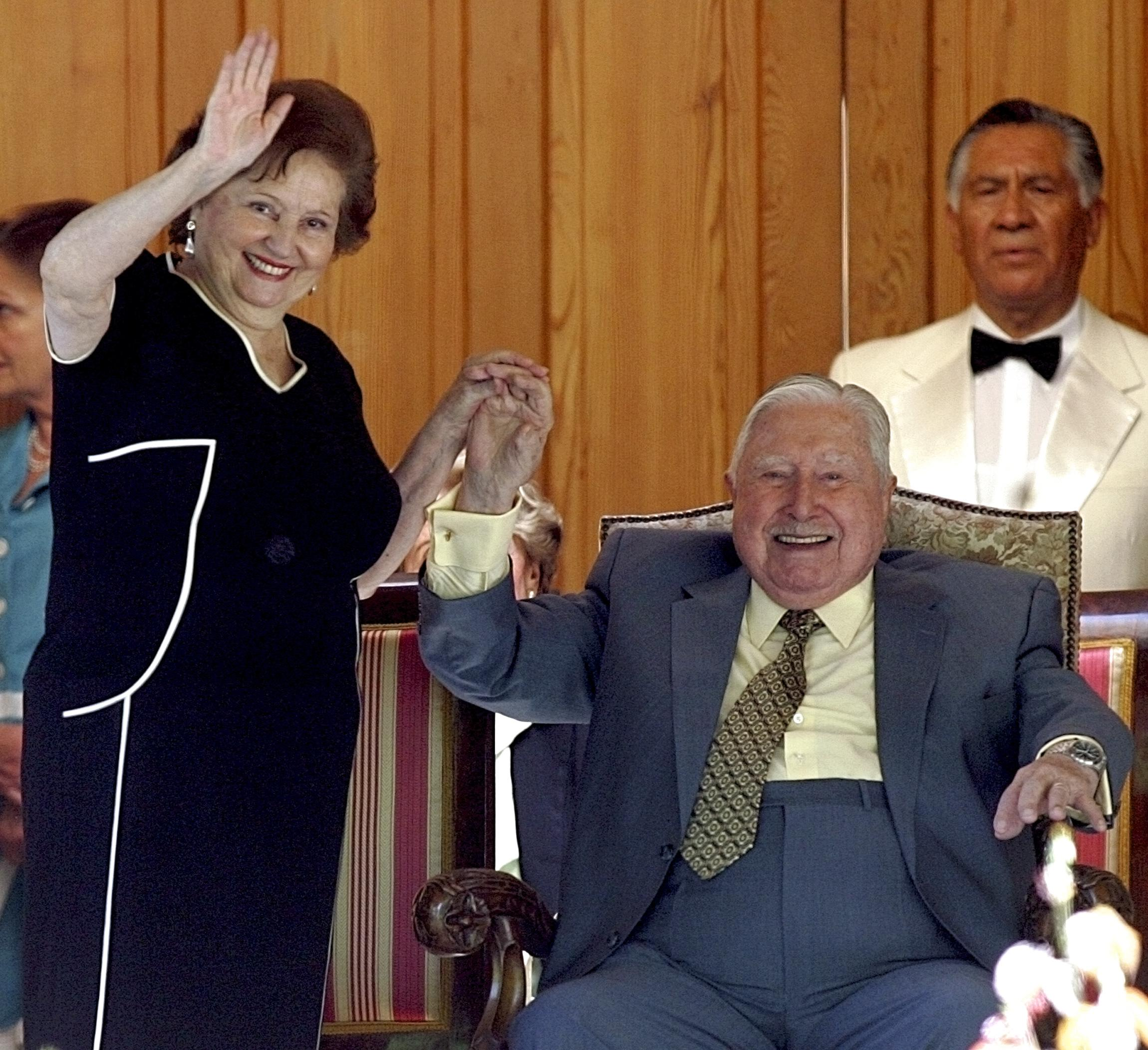 Chile Since Pinochet On The 25th Anniversary Of The Dictator S Ouster Is He Among The Disappeared