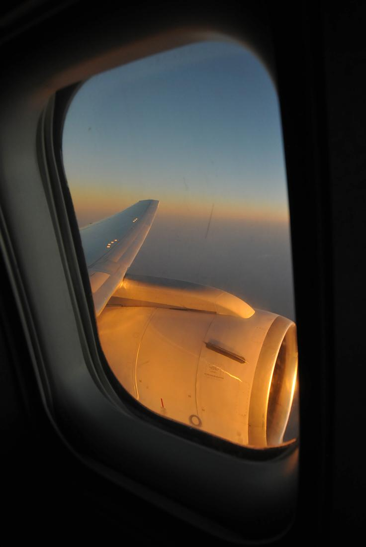 Sunrise over India in a Boeing 767