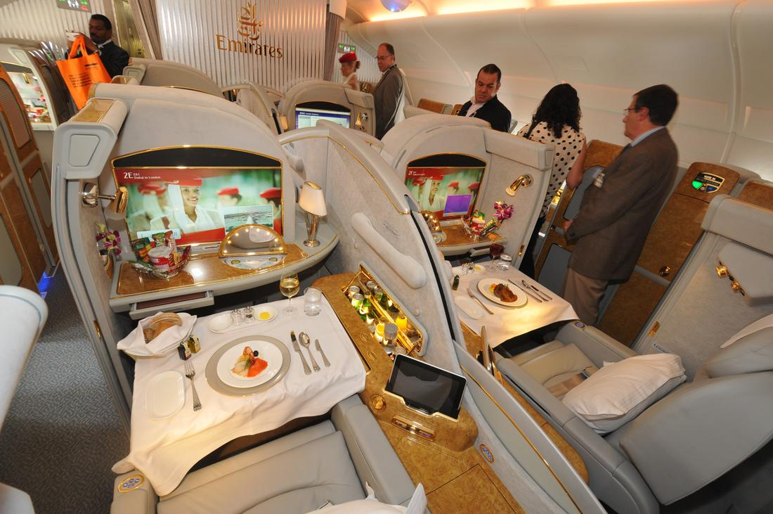 Dubai air show day 3 inside the royal brunei boeing 787 for Airbus a380 emirates interior