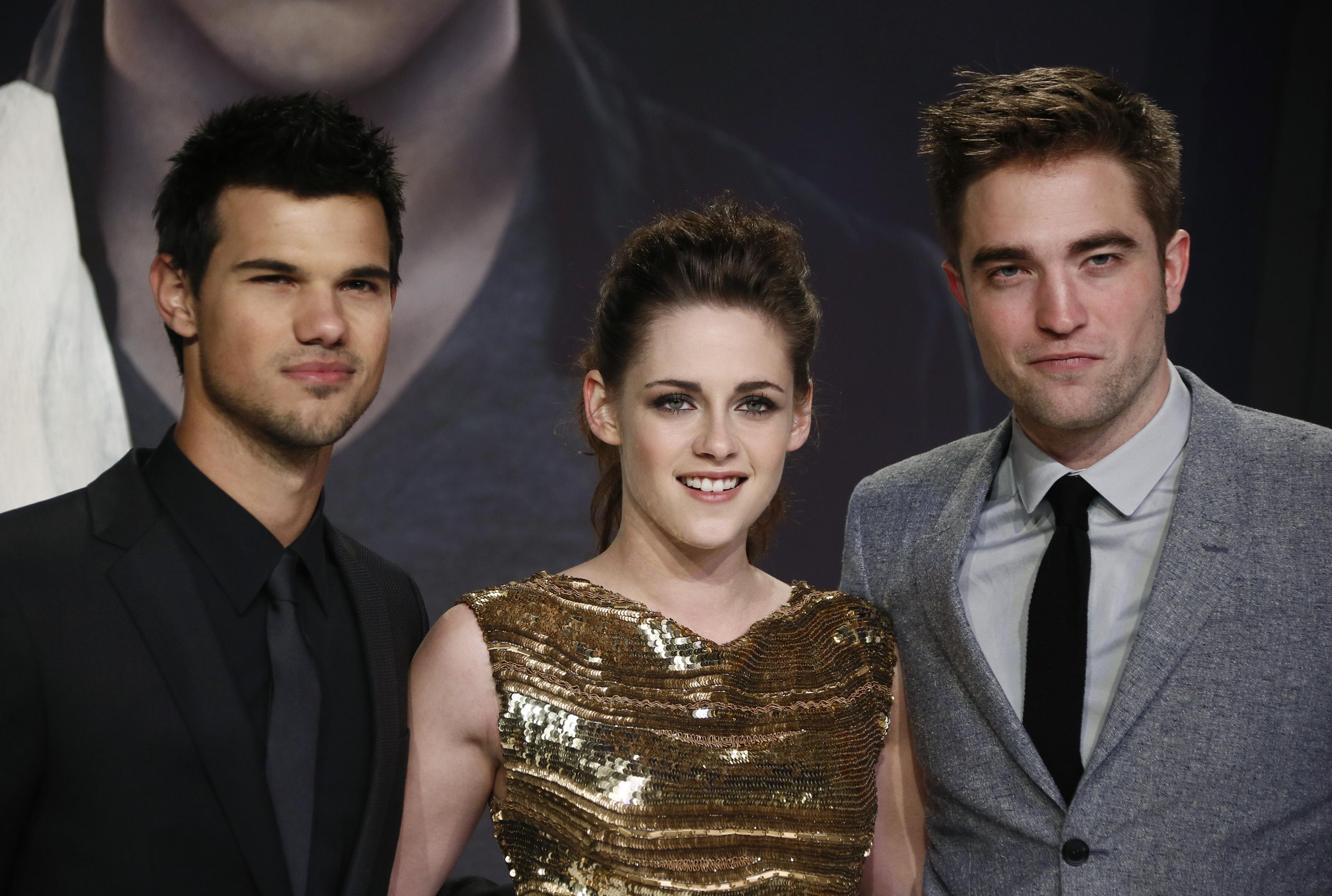 Twilight co stars dating