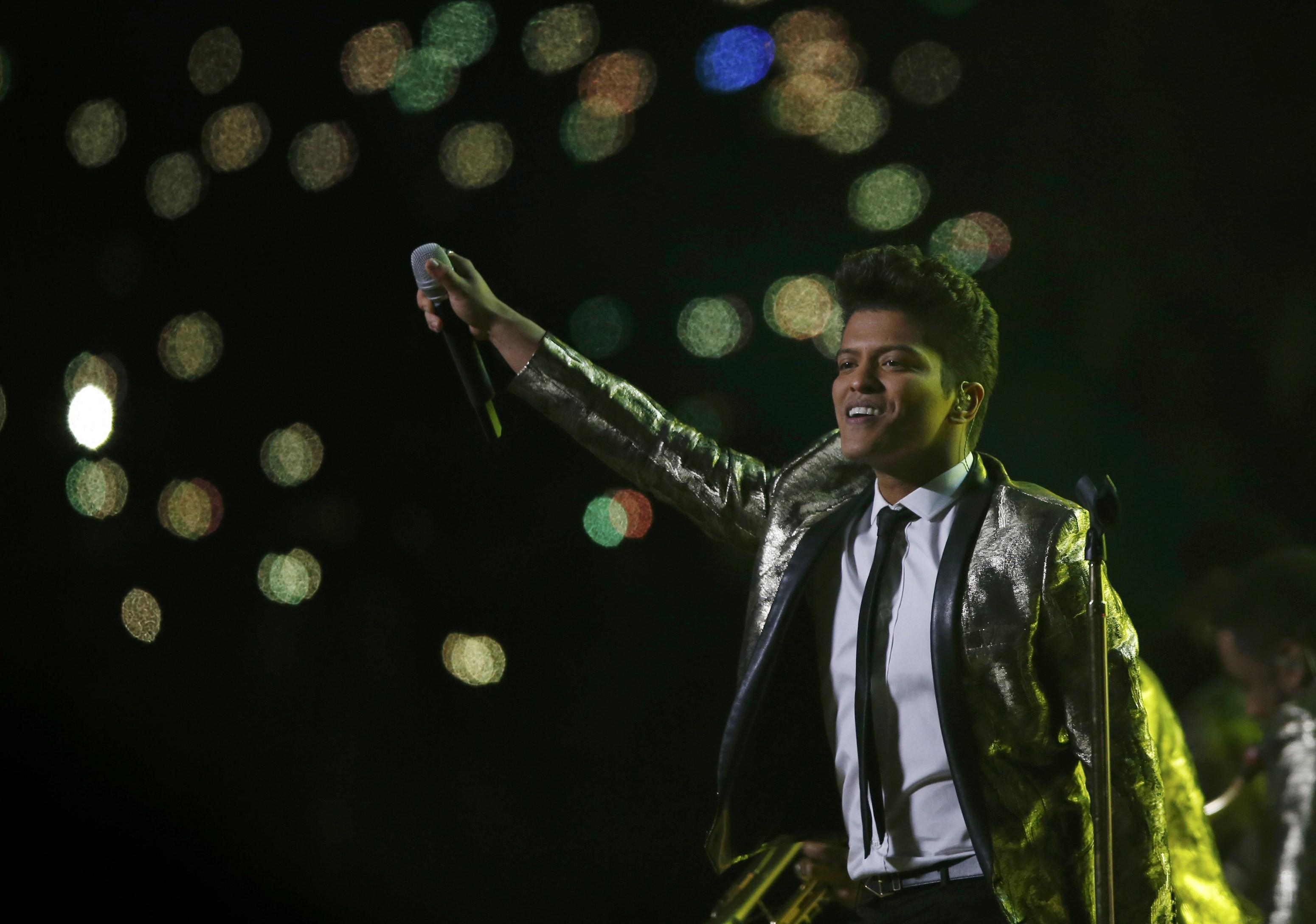 Bruno Mars 2014 Super Bowl Halftime Performance