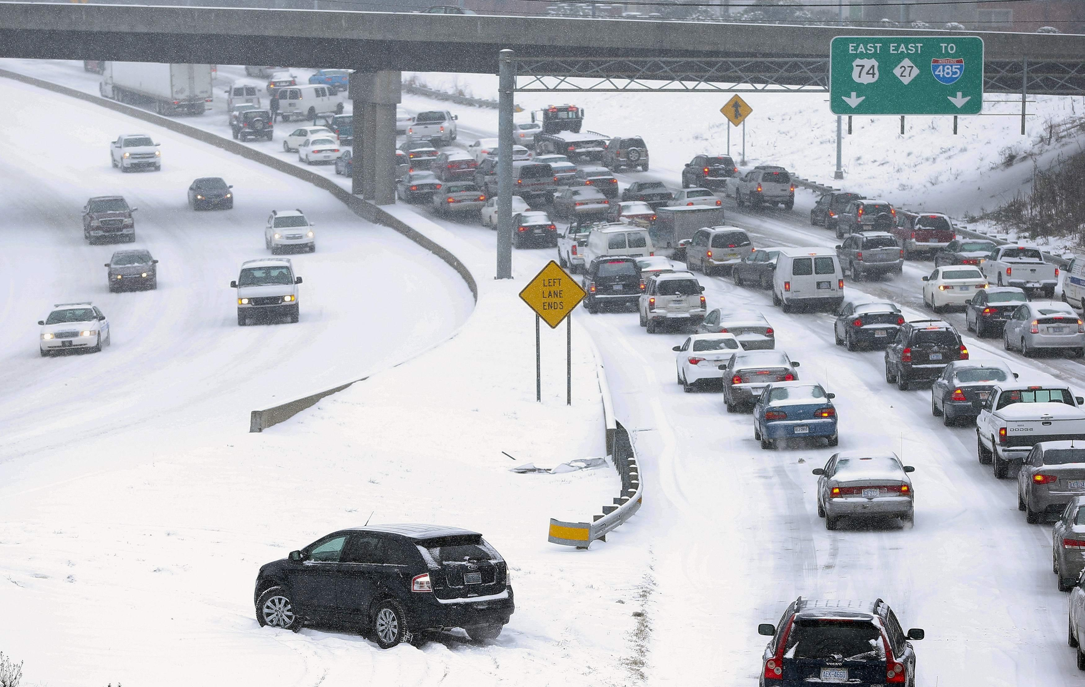 Winter Storm Pax In Pictures Snow And Ice Batter Us East