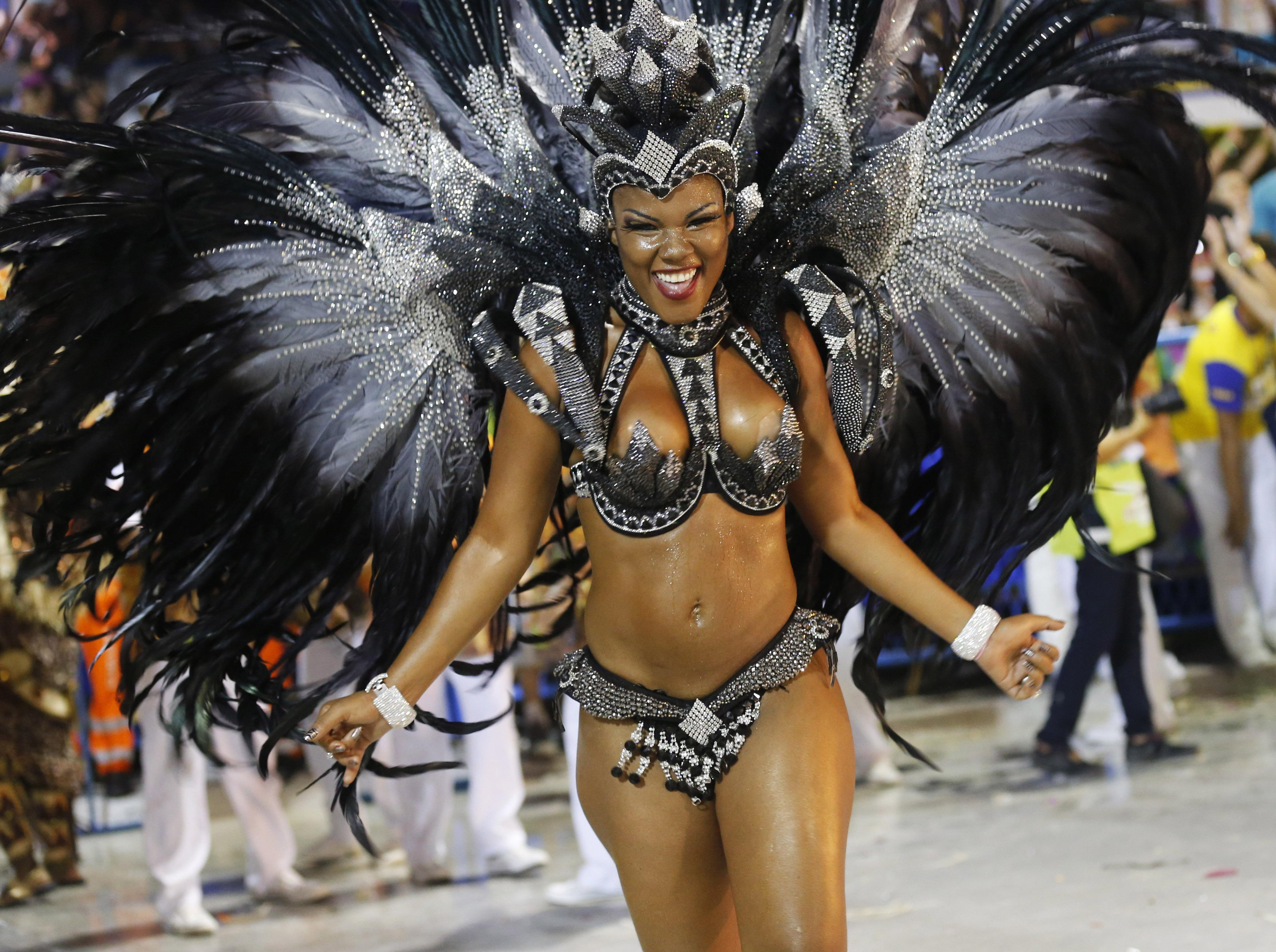 Nude rio carnival girls pictures