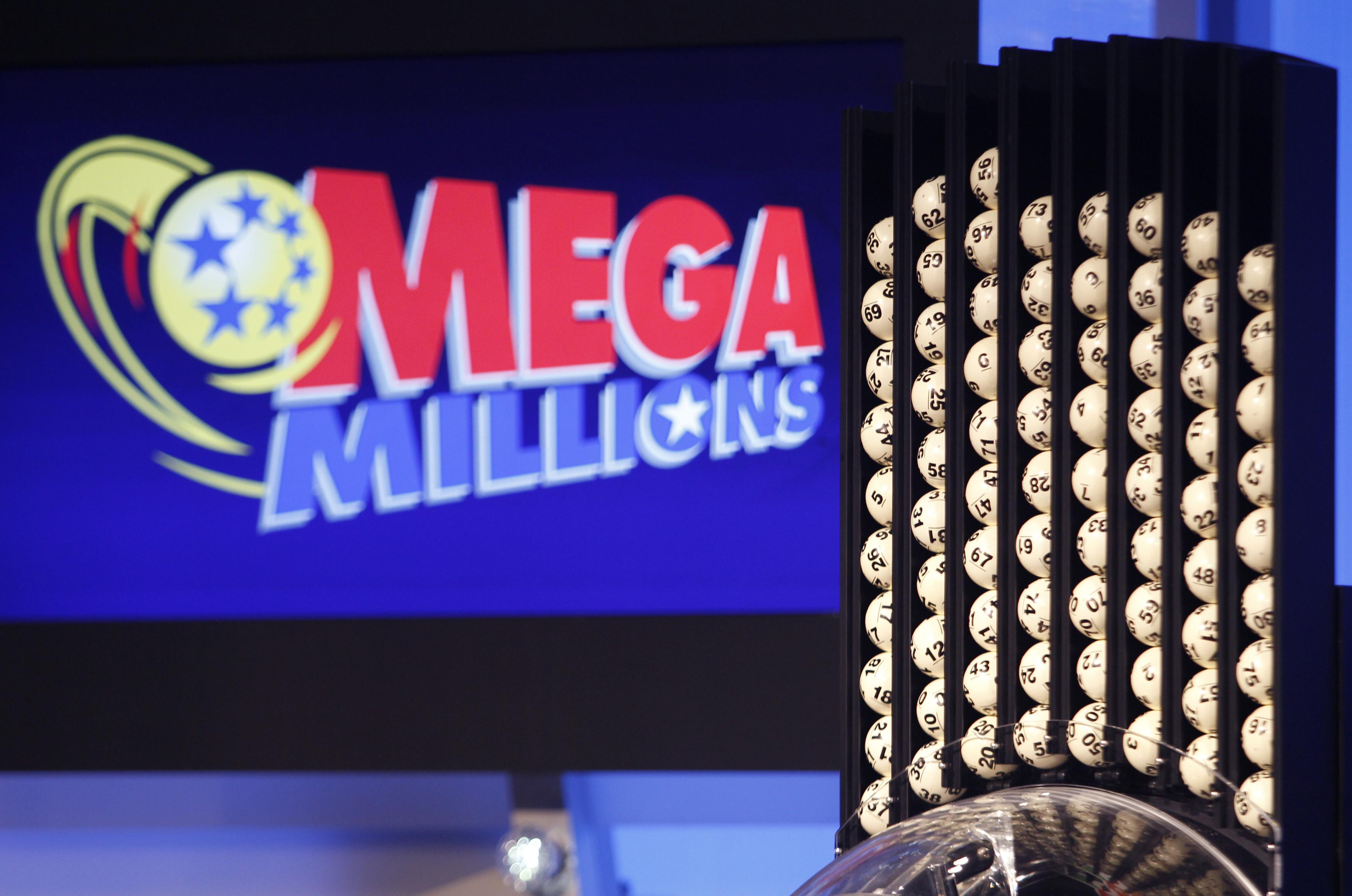 $458 million Mega Millions jackpot drawing tonight