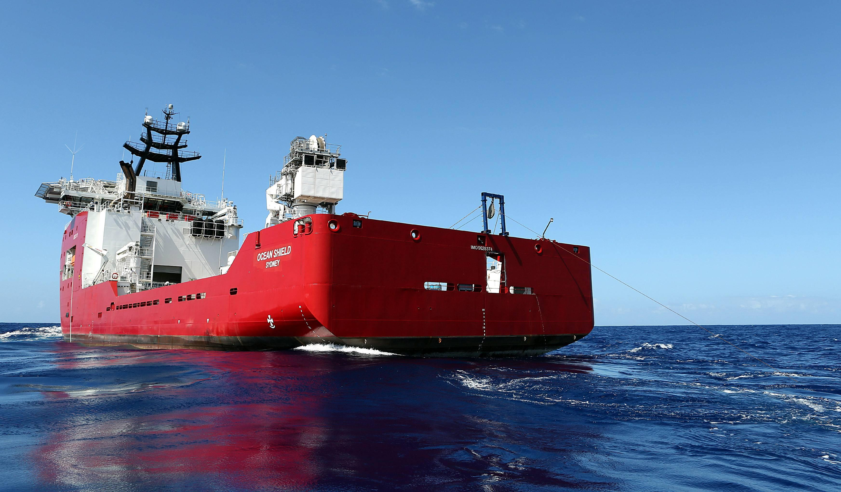 Flight MH370 Towed Pinger Locator Behind ADV Ocean Shield