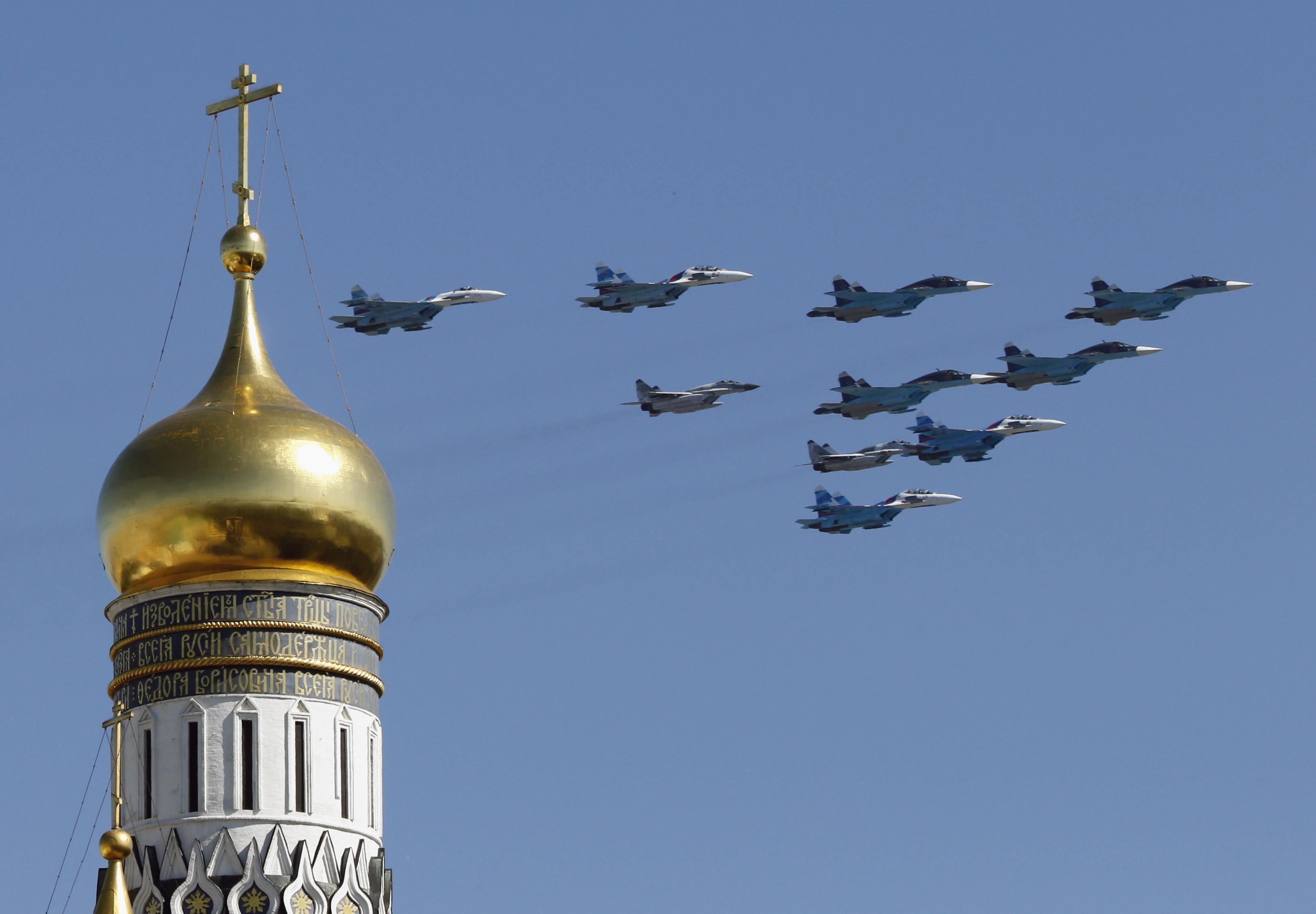Russian fighter planes Kremlin