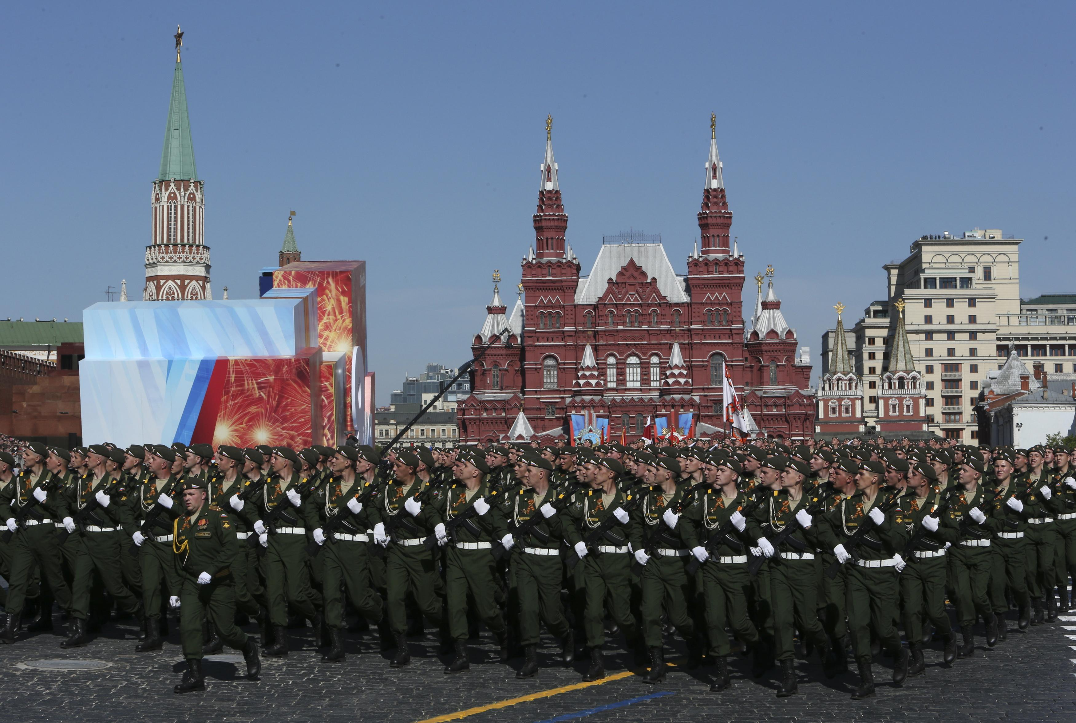 Soldiers Red Square