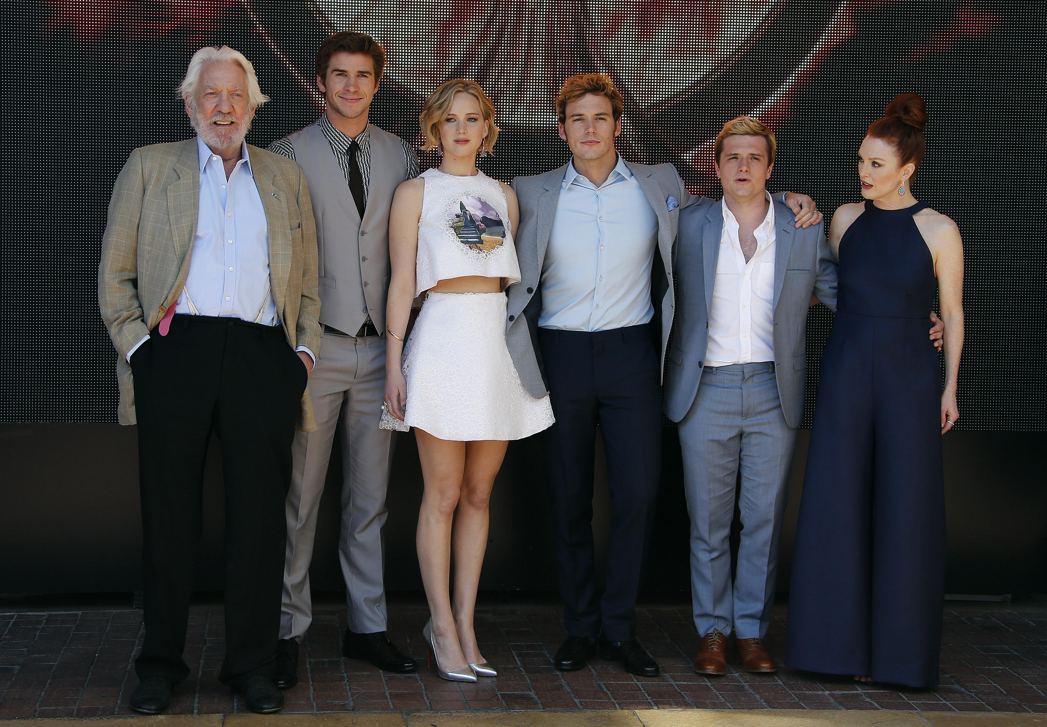 "The Hunger Games"" Cast"