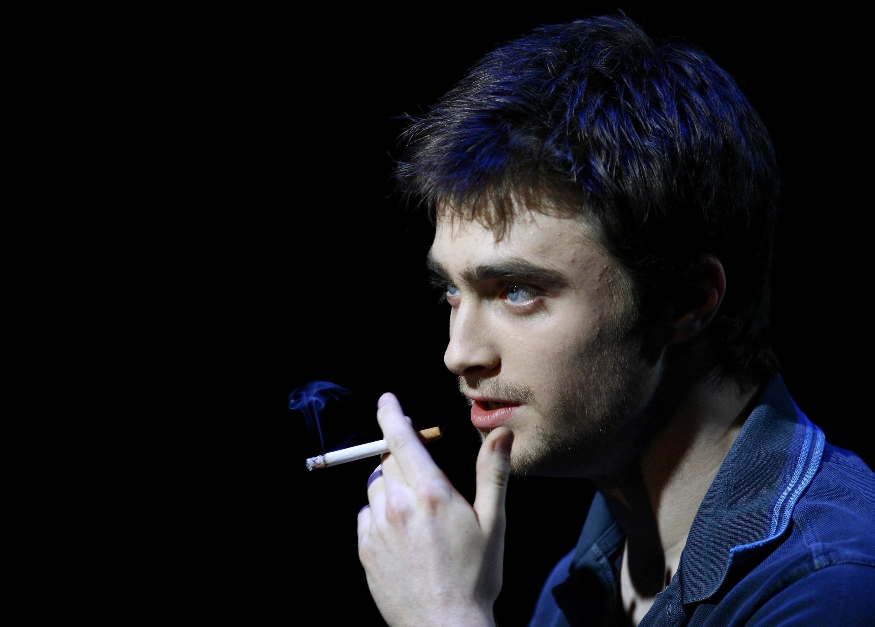 Daniel Radcliffe smoking