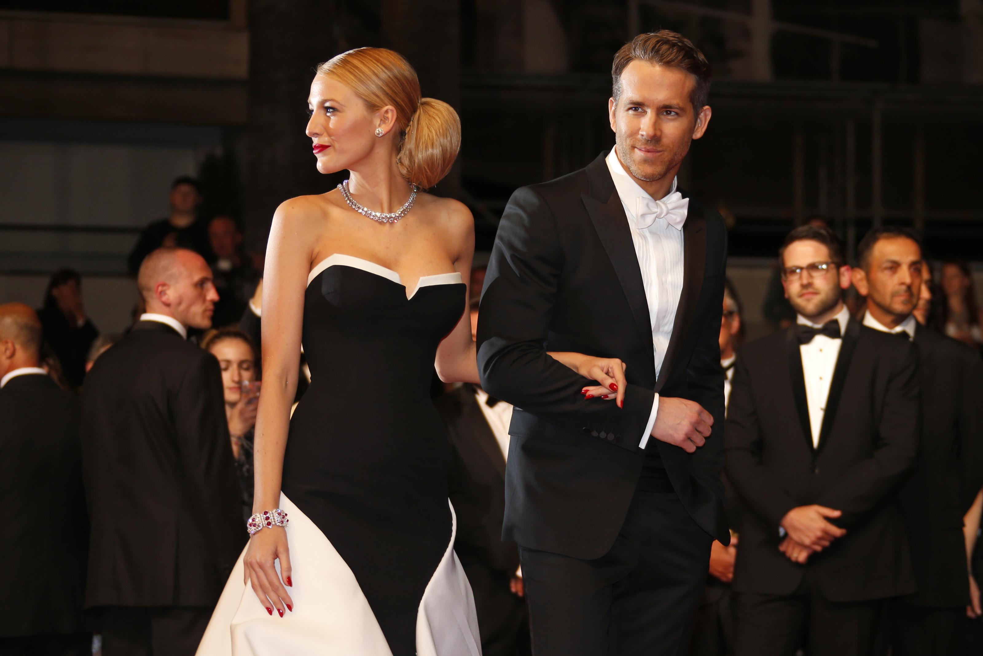 Ryan Reynolds And Blake Lively Wedding.Blake Lively Dishes On Marriage To Ryan Reynolds Calls