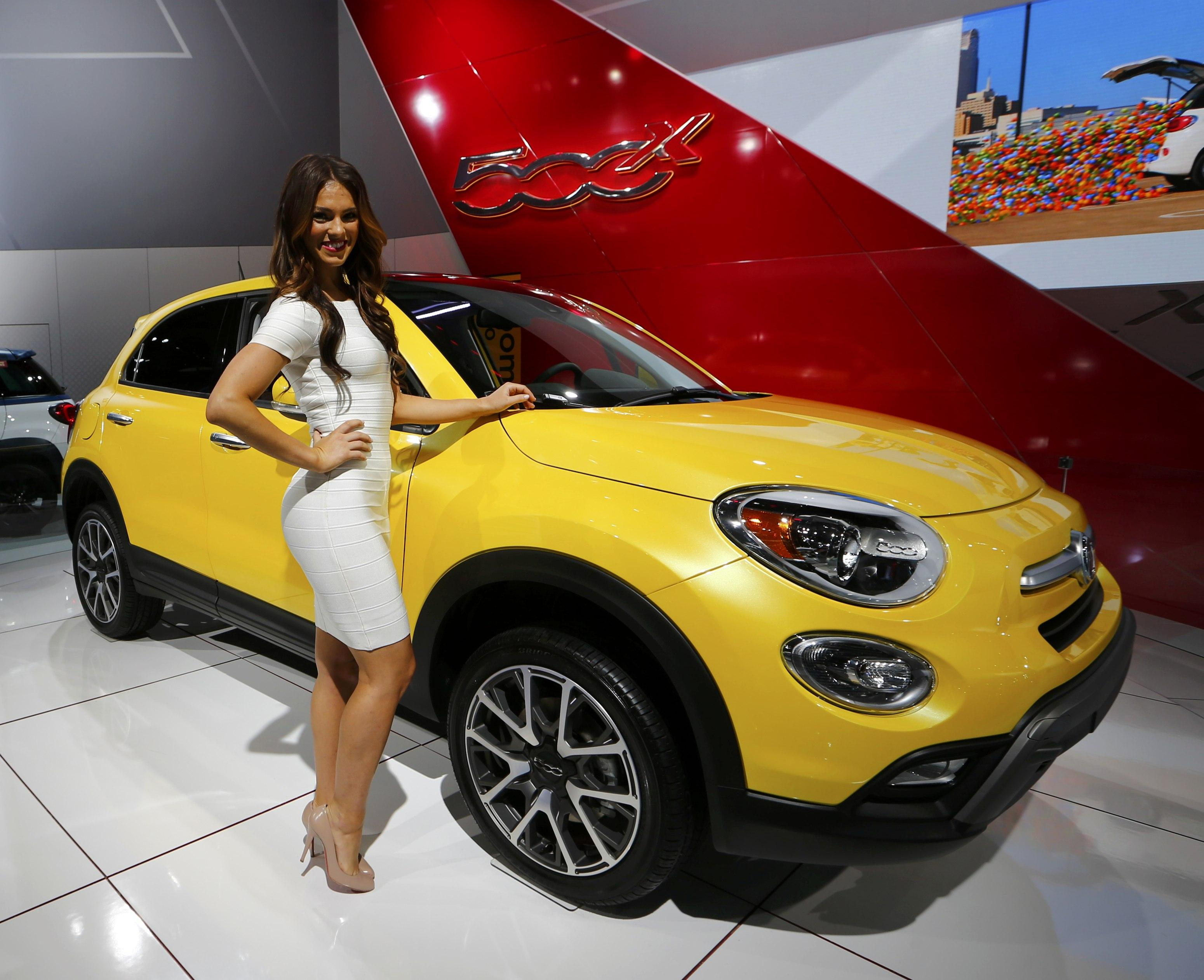 2015 Detroit Auto Show Here Are Photos Of Eight 2016