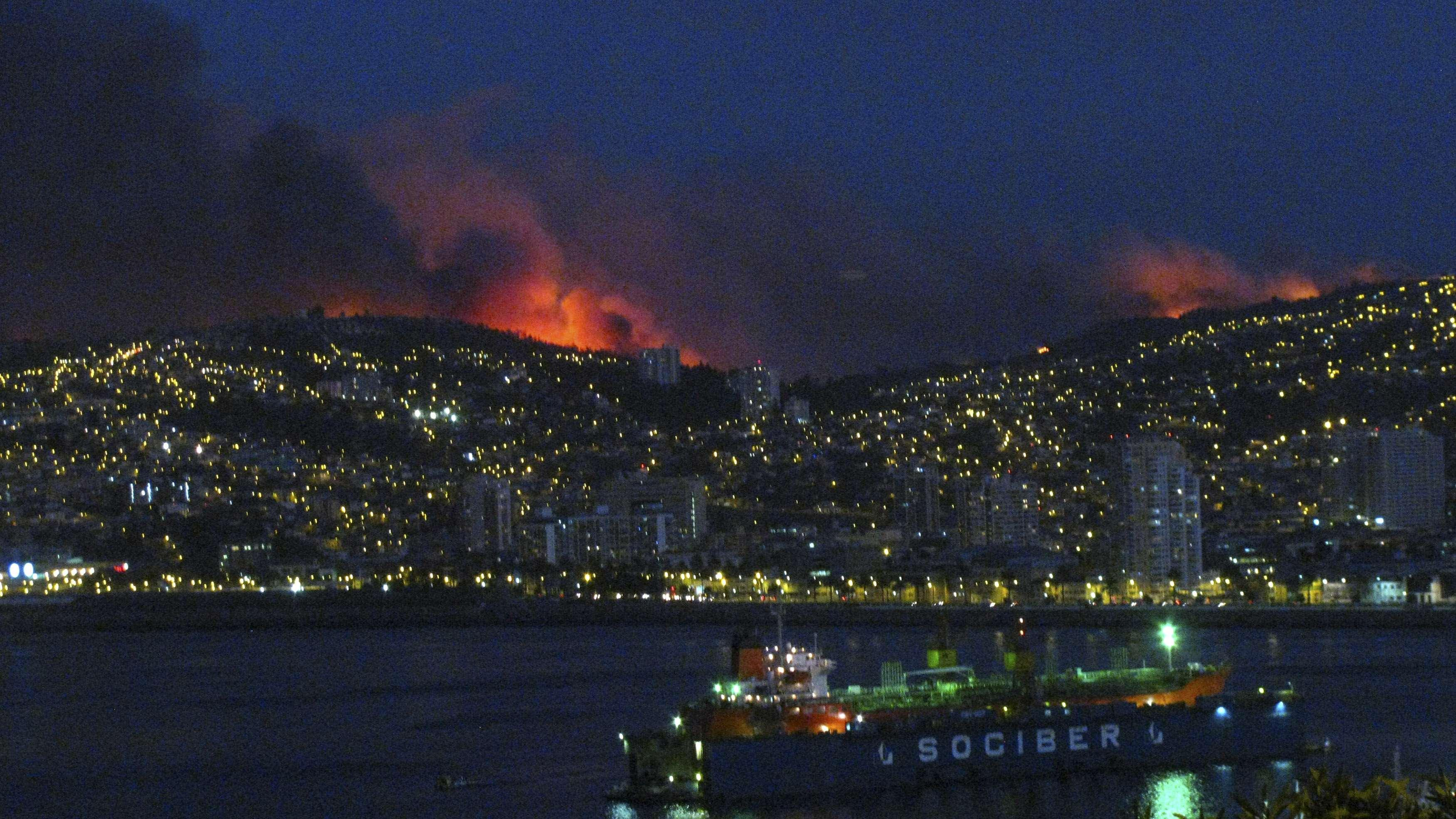 Chile forest fire Valparaiso