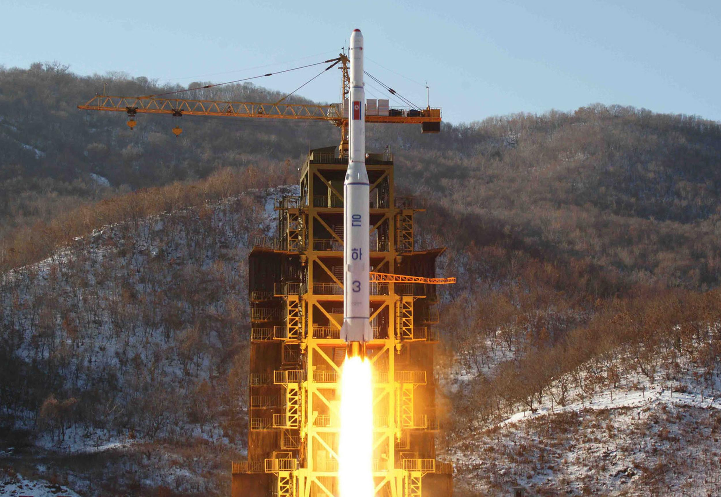 NorthKorea-rocket-test