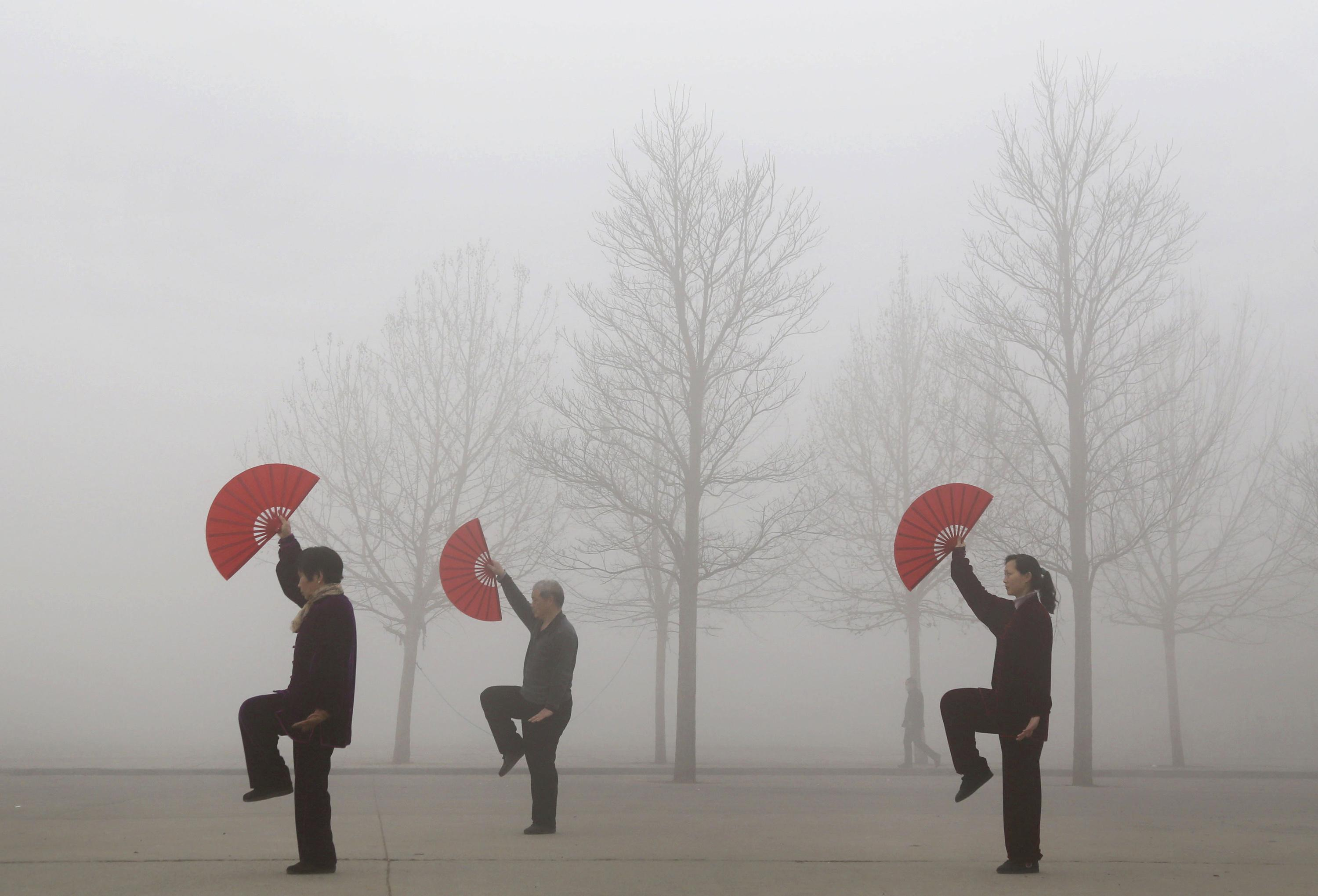 China Air Pollution Kills 4 000 People A Day Study