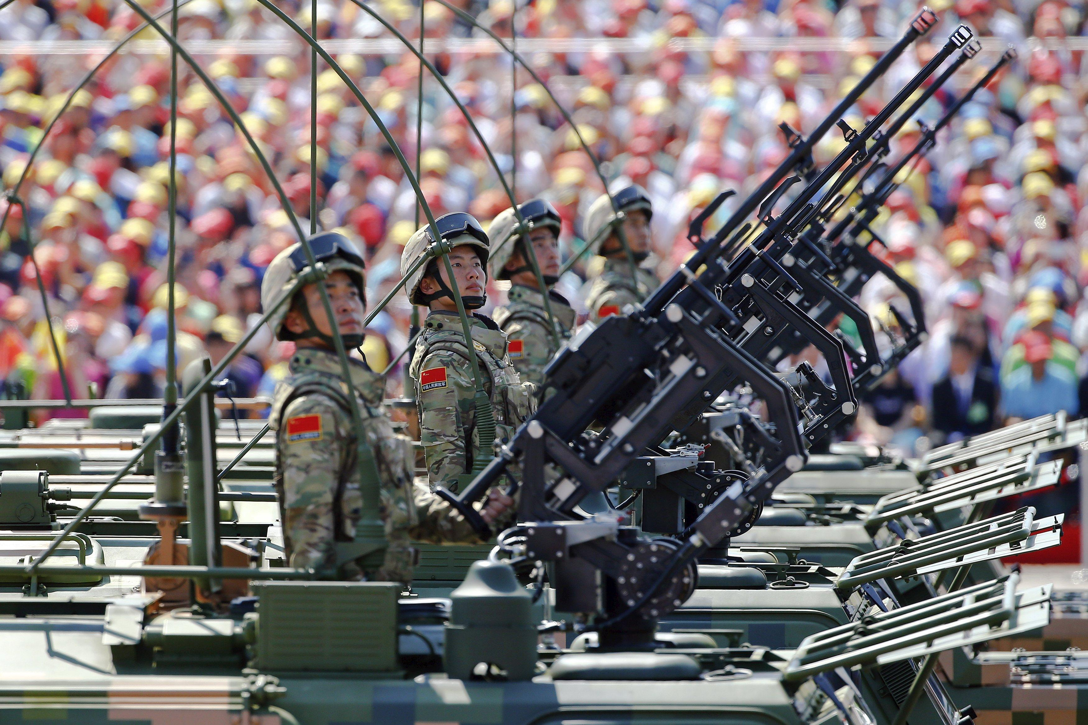 BeijingWWIIParade_Guns