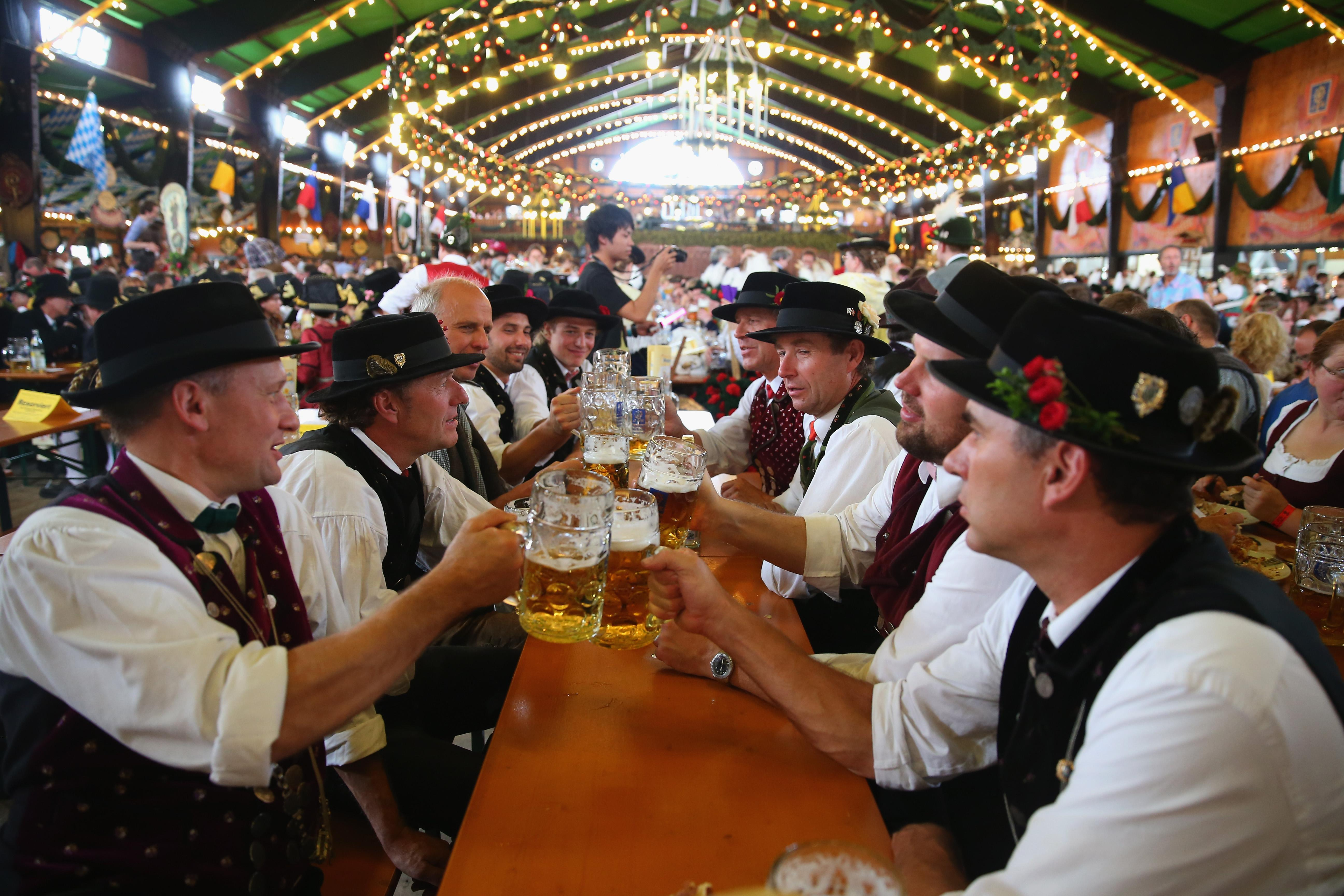 Oktoberfest Dates 2015: Why It Starts In September And