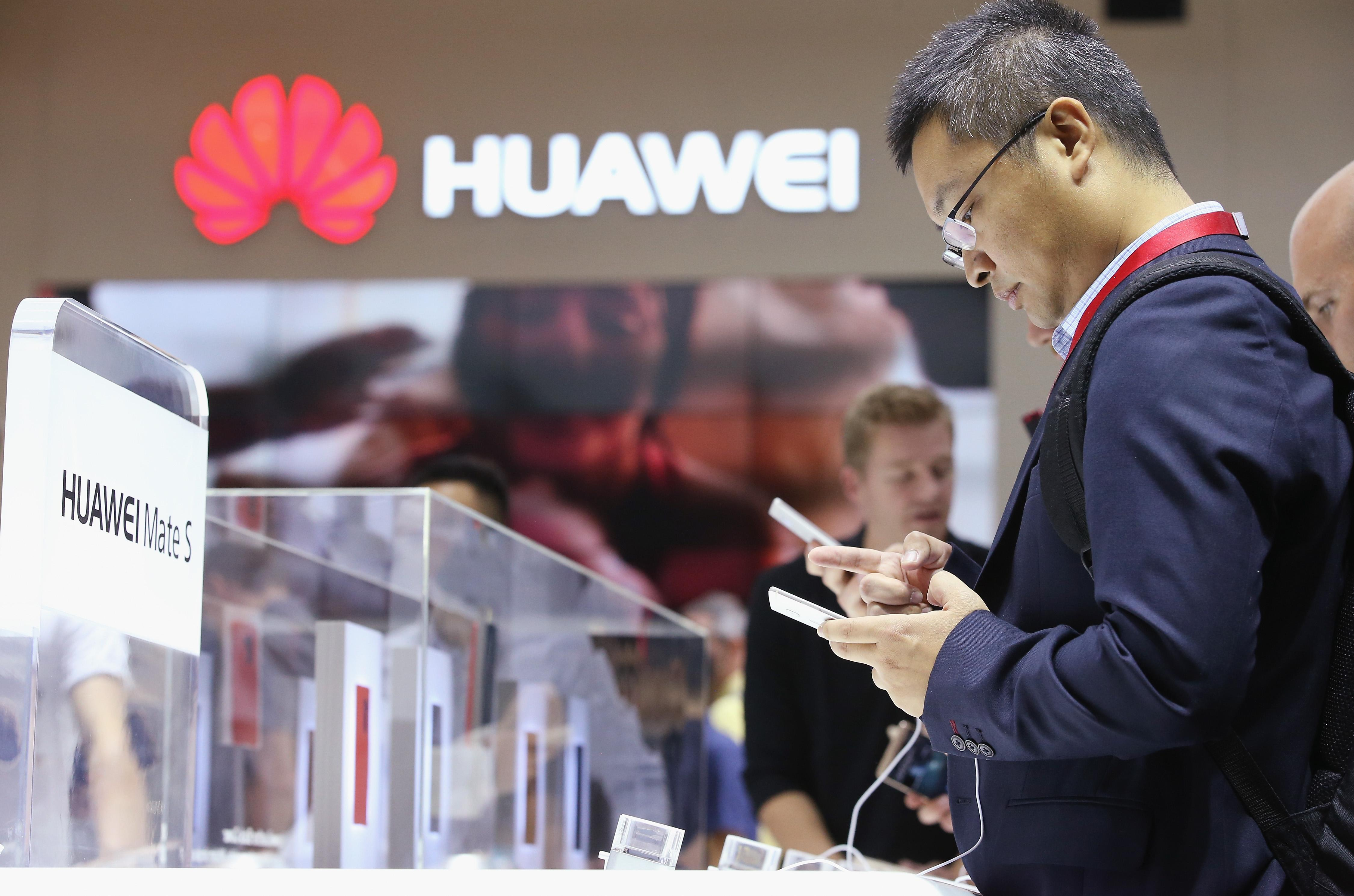 Huawei Profits Rise on Strong Smartphone Sales