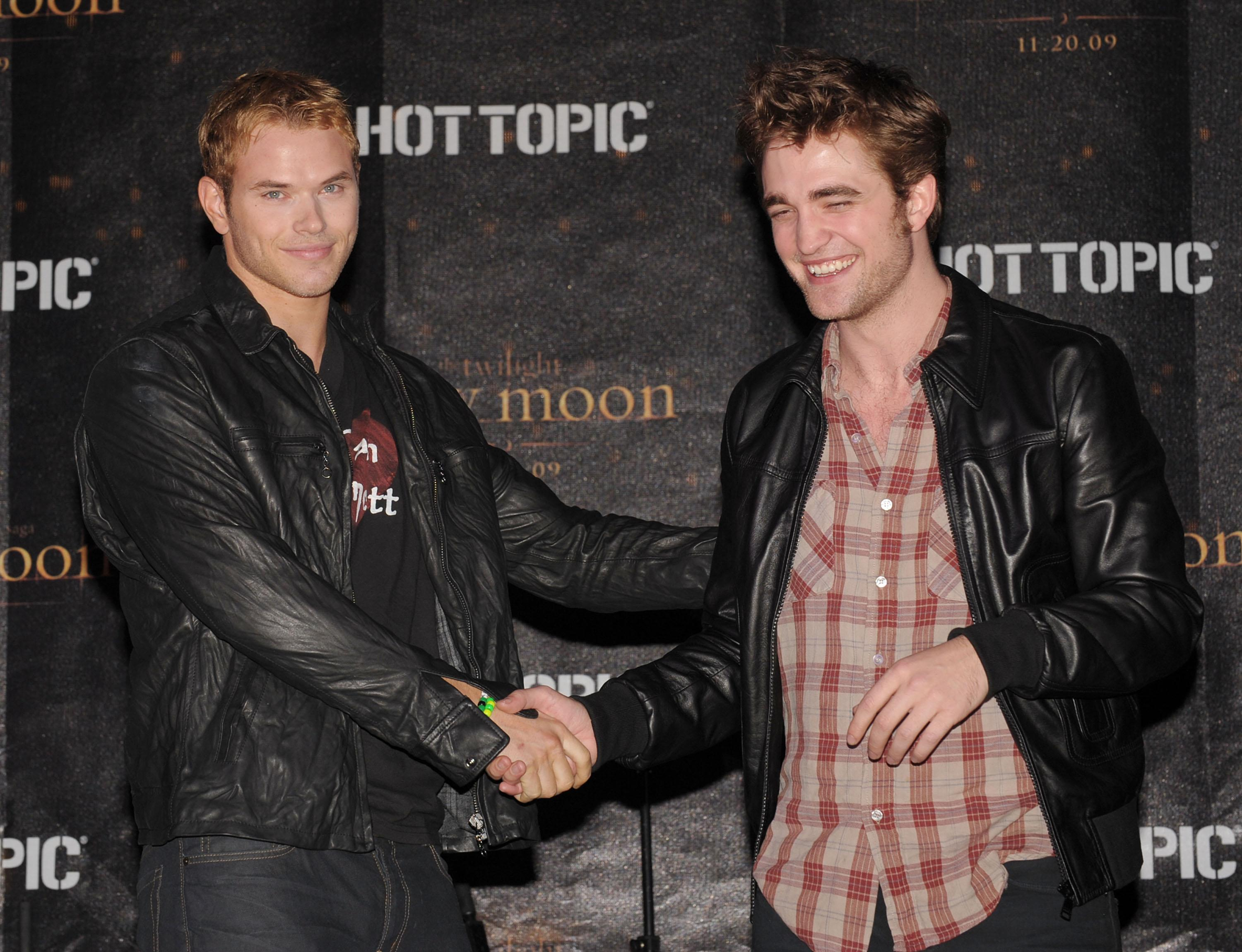 kellan lutz and robert pattinson