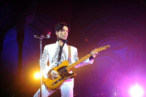 Pills Found at Prince's Estate were Counterfeit Drugs Containing Fentanyl
