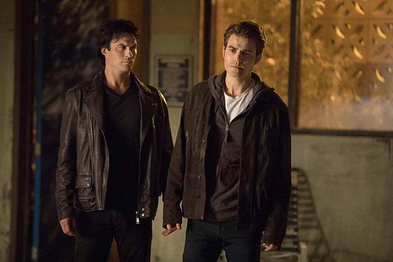 'The Vampire Diaries' 8x07 recap: The ripper of Christmas present