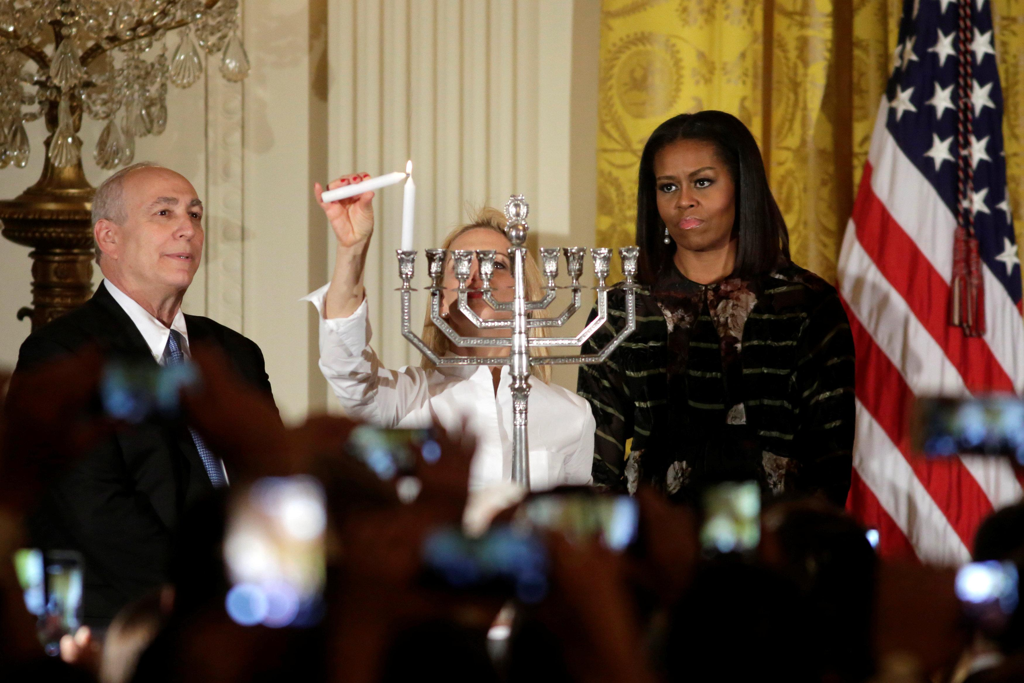 hanukkah-white-house-michelle-obama.JPG