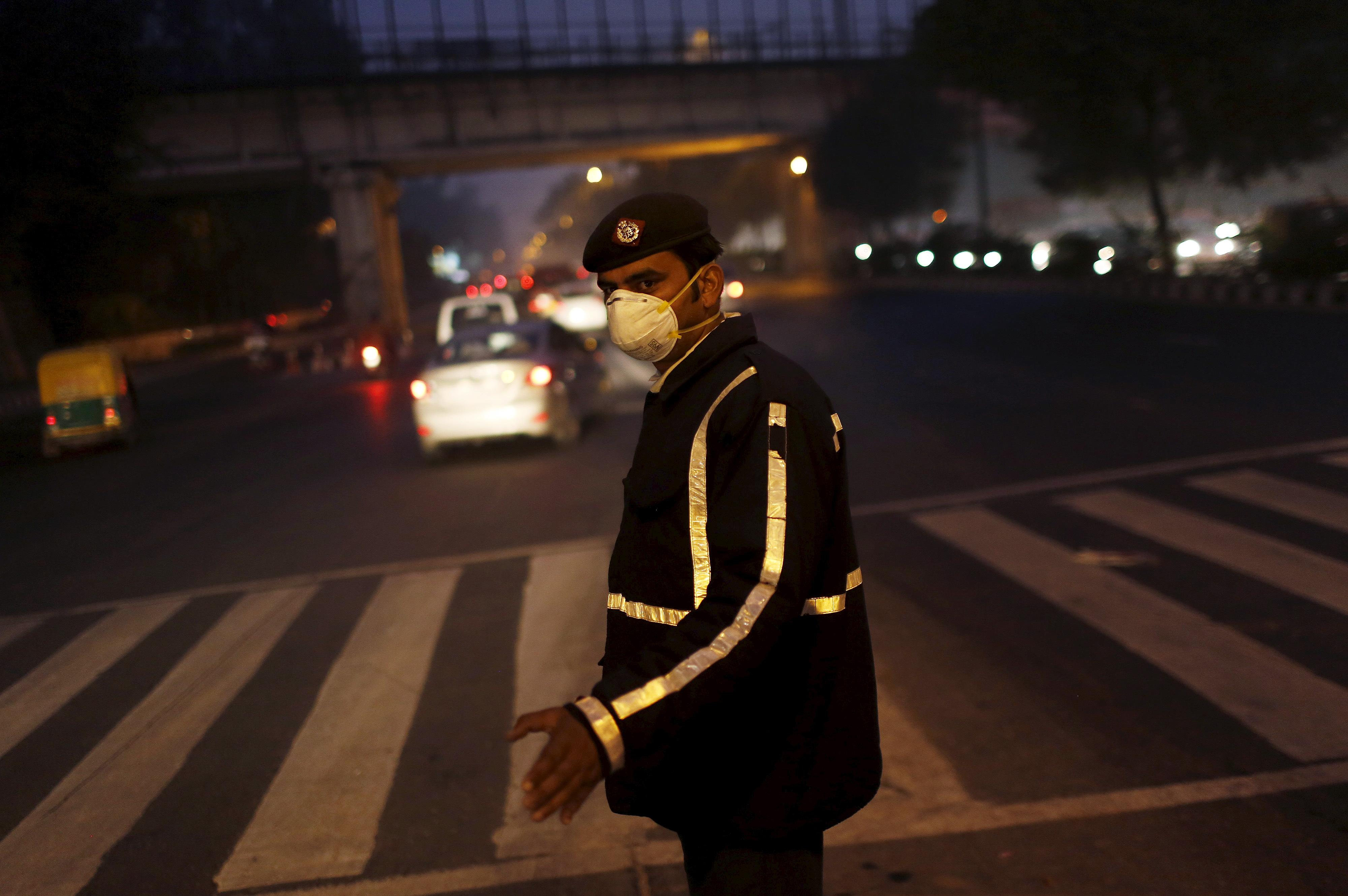 Traffic Policeman Wears Mask