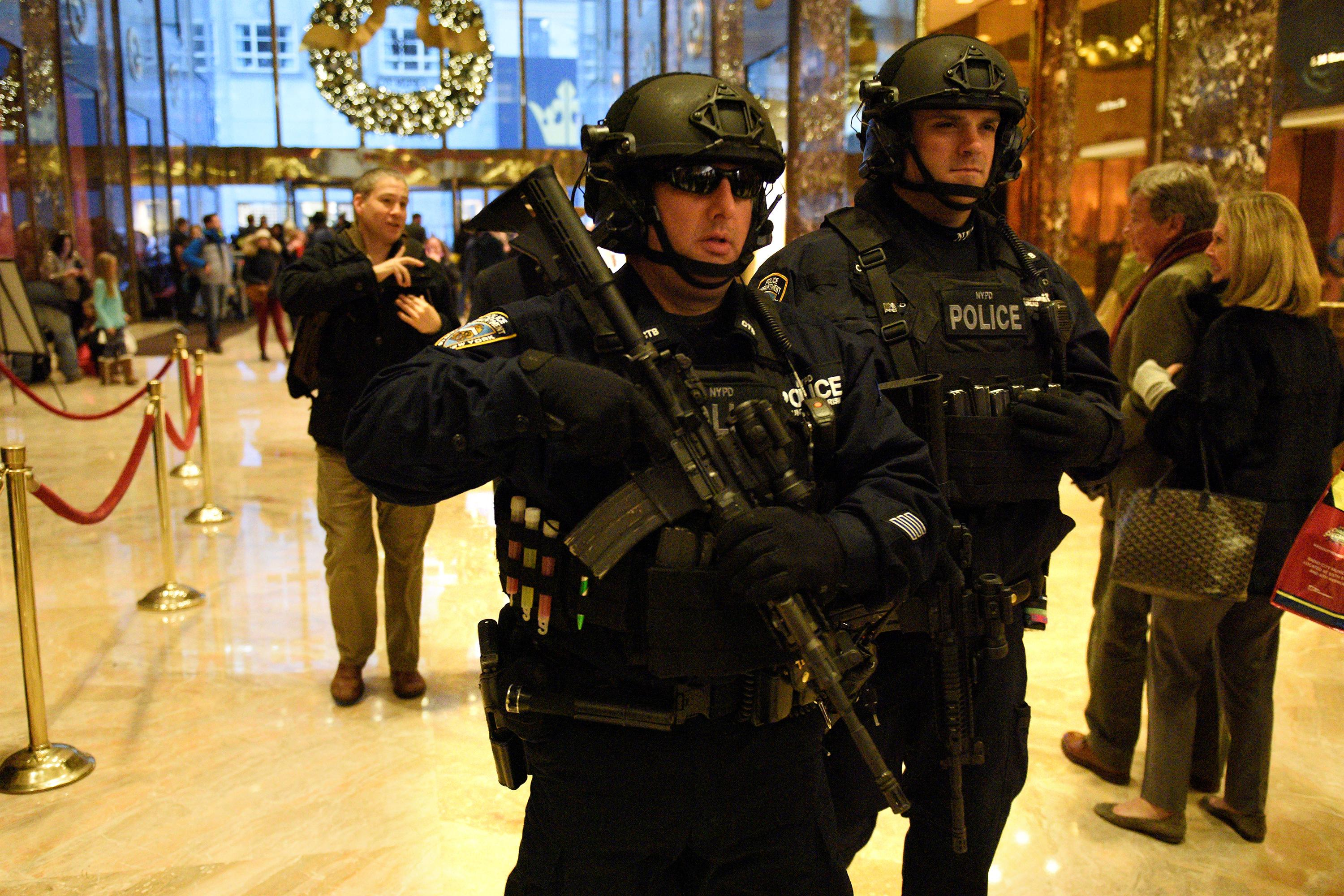 NYPD and Trump Tower2