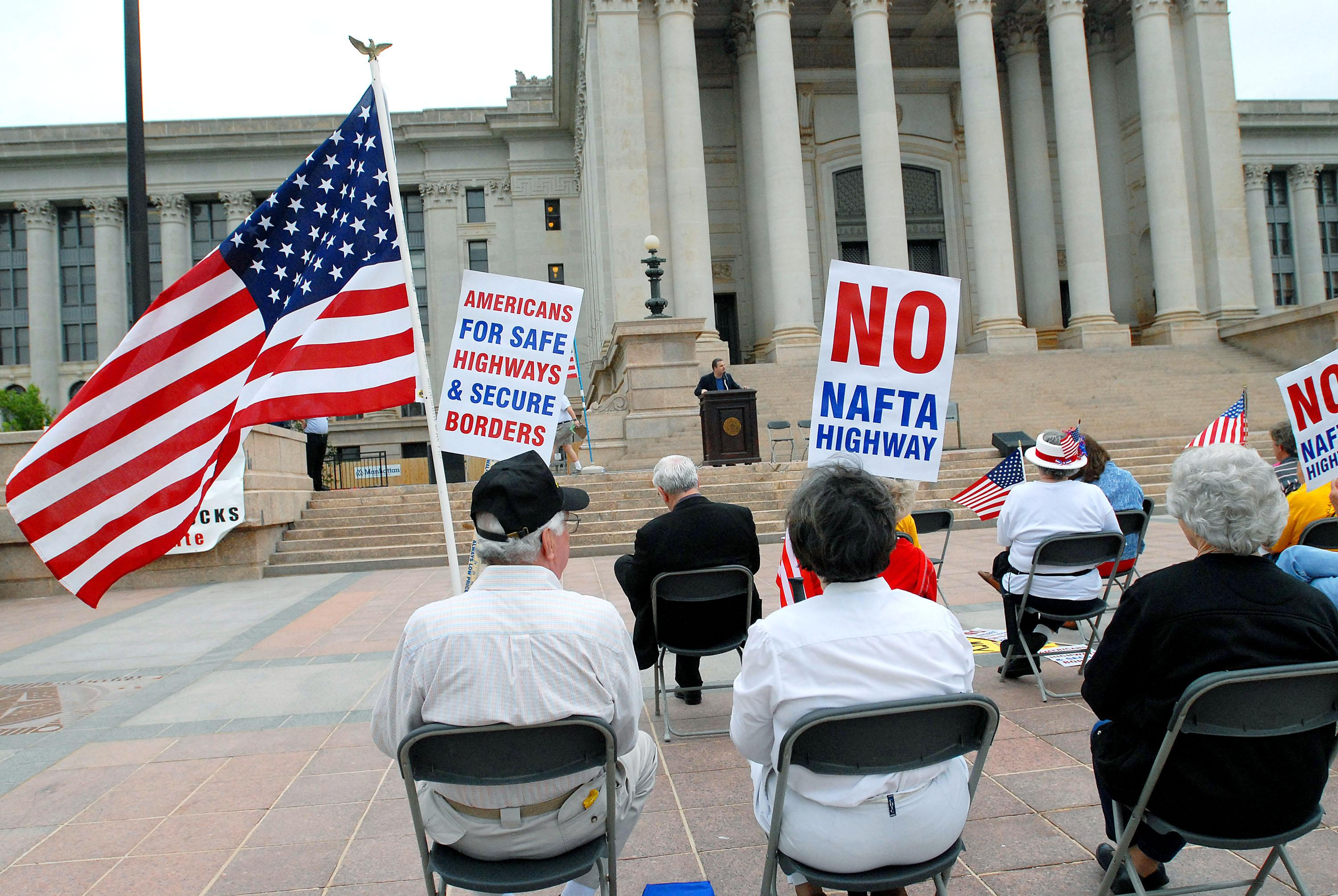 Is Nafta Good Americans Split On North American Free Trade