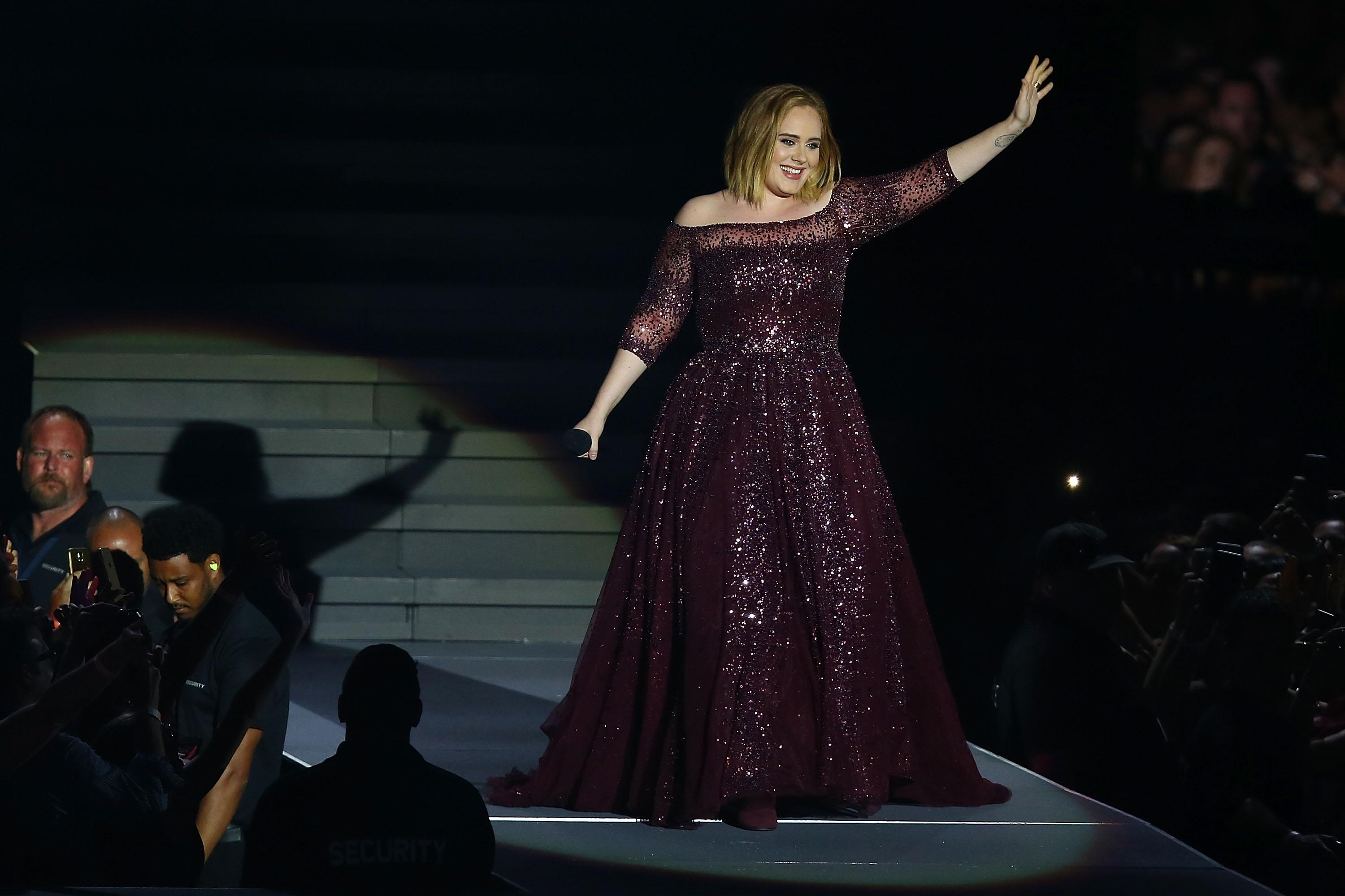 Adele confirms she is married to Simon Konecki