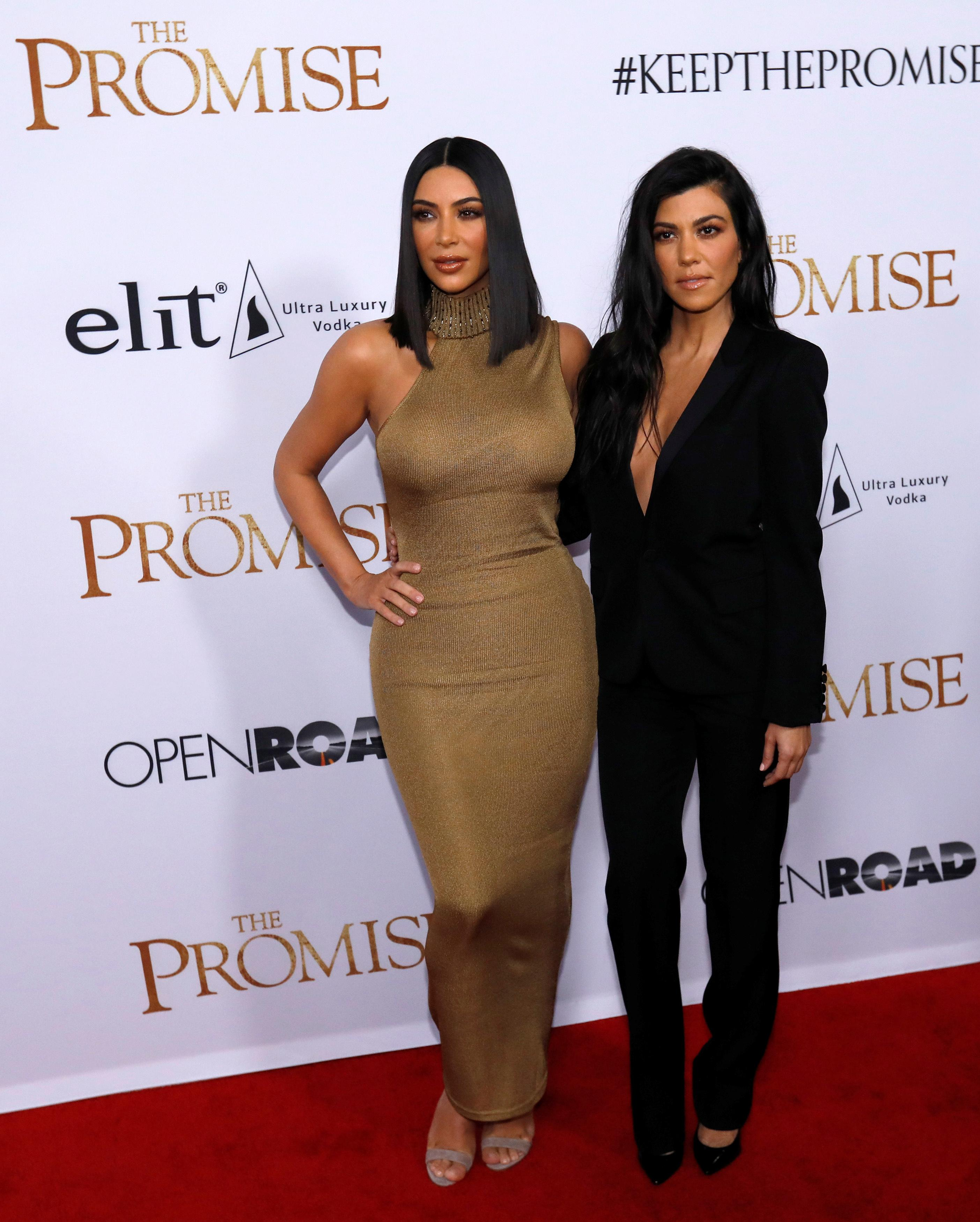Kim Kardashian and sister Kourtney Kardashian