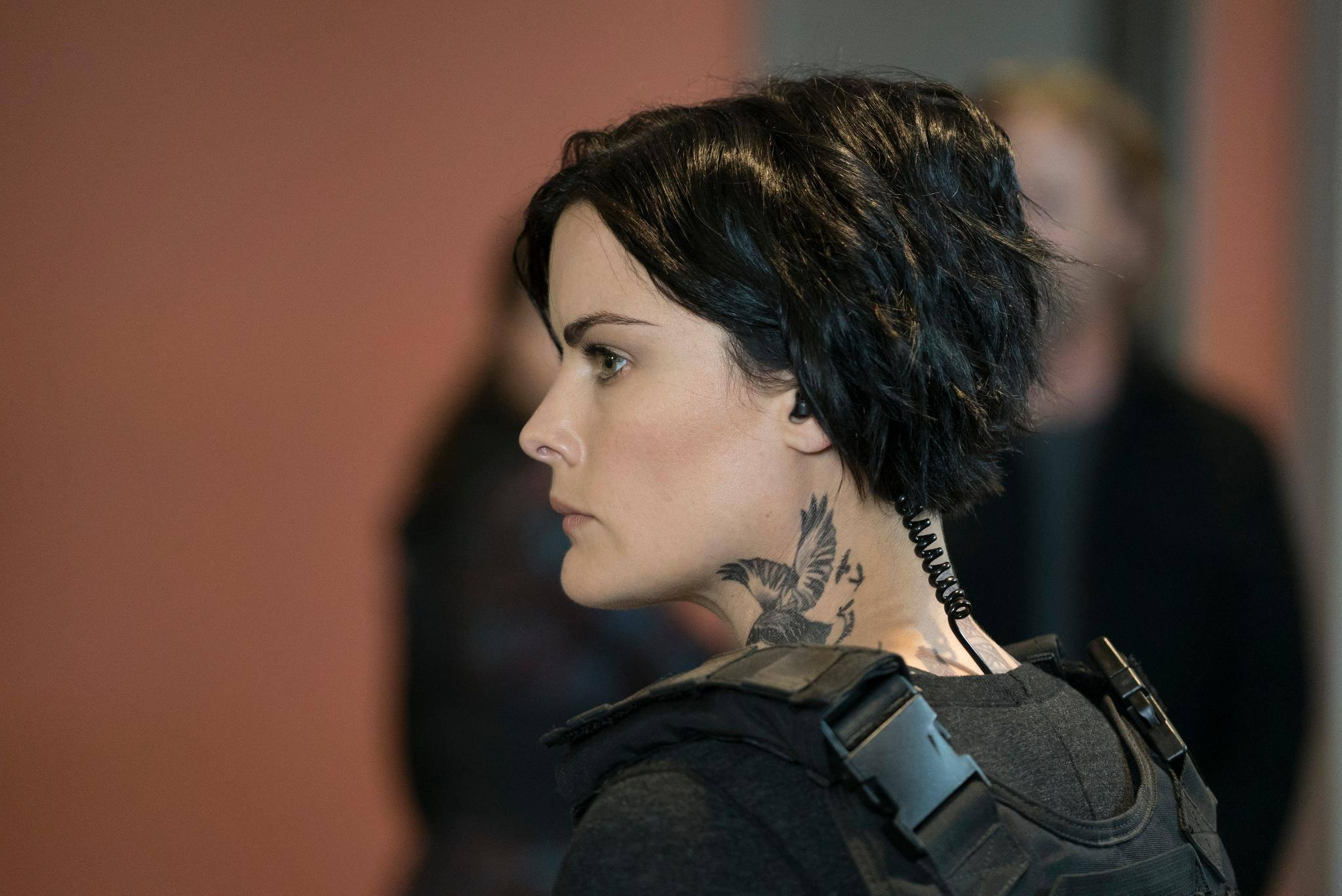 airdates blindspot 'blindspot' season 2 air date, spoilers: jamie alexander reveals tension between jane and kurt weller will fans get to see jane and kurt uniting in season 2.