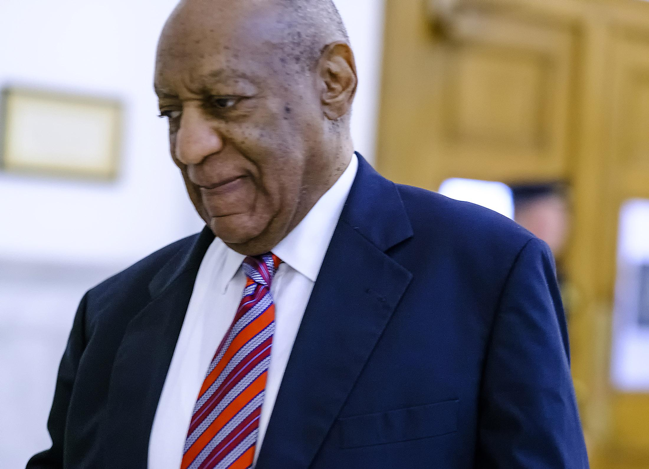 Cosby arrives at courthouse for 4th day of trial