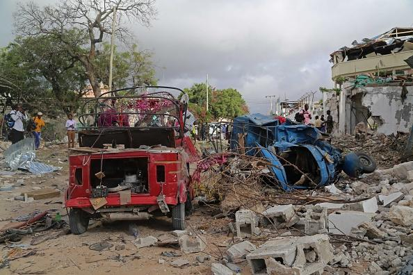 Attackers Kill 9 People and Take Hostages at Restaurant in Somalia