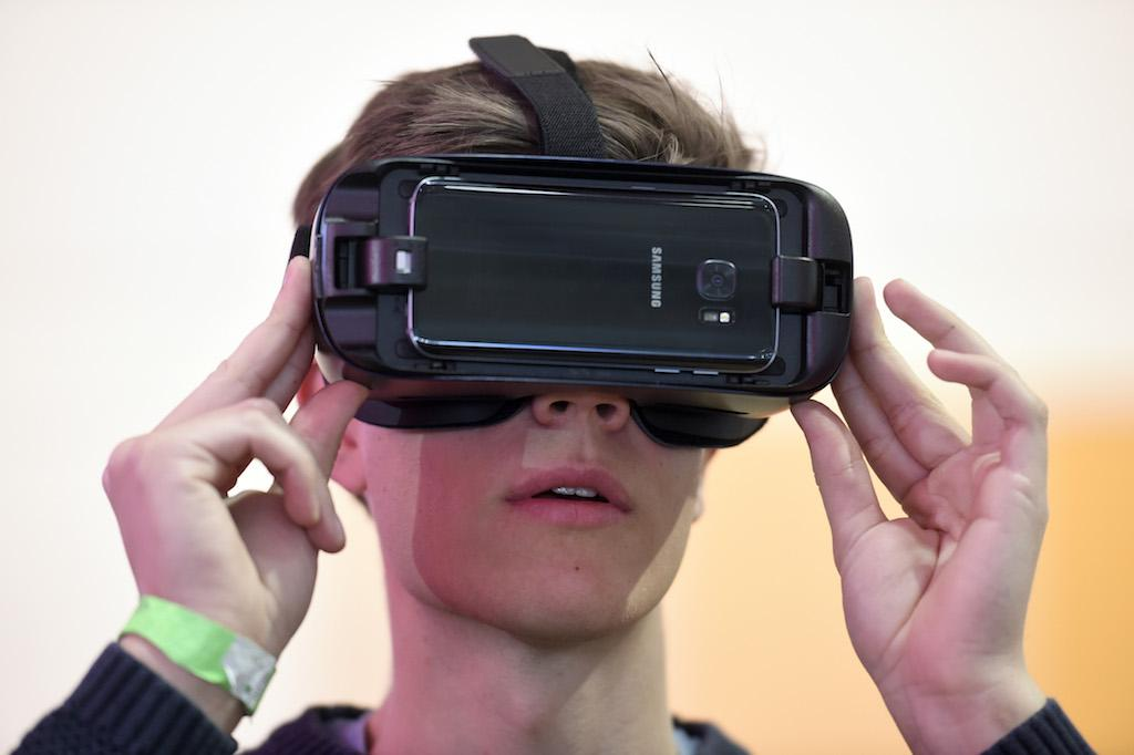 Samsung Eyes Next-Generation VR Headset