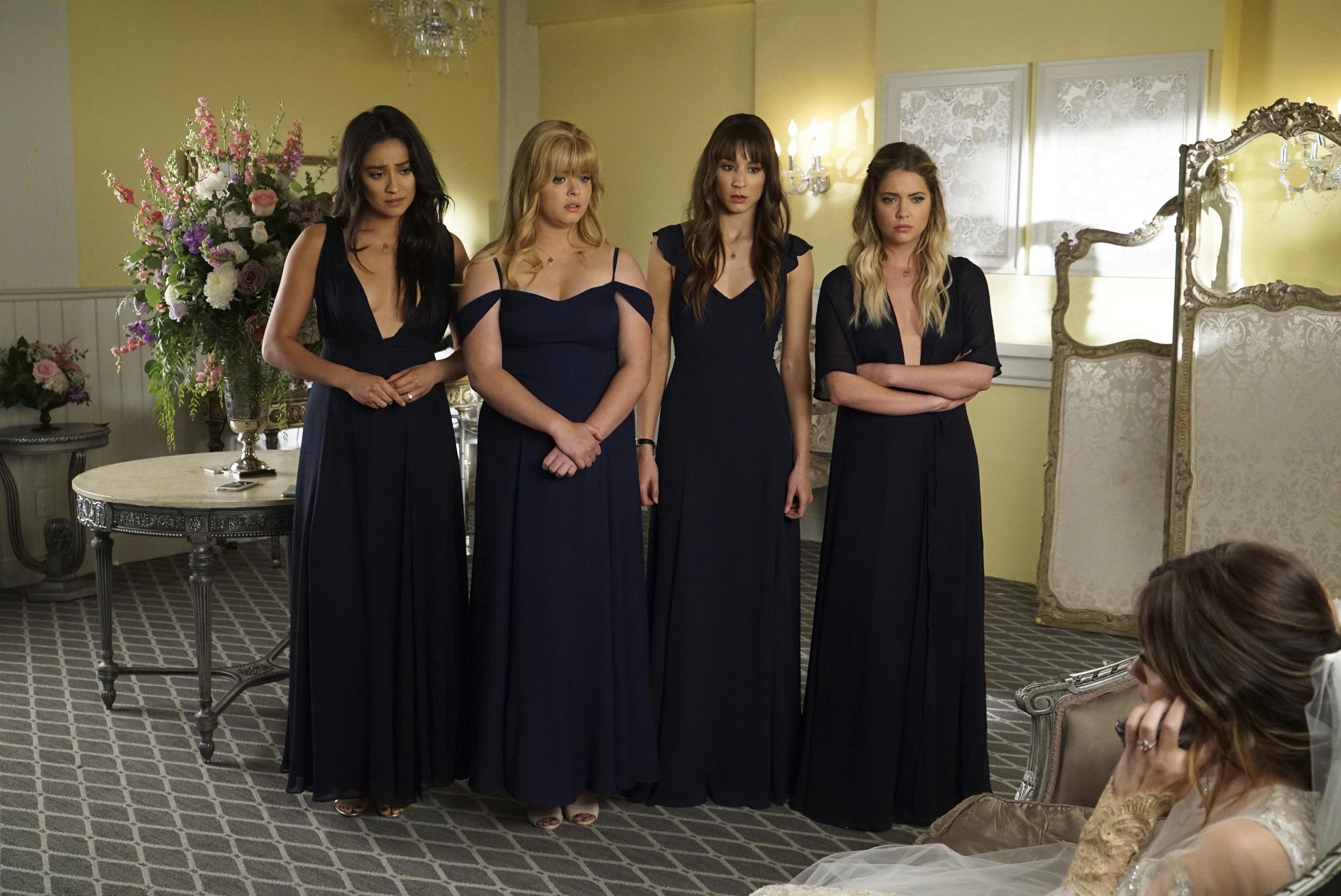 Will Aria Get Married On Pretty Little Liars Lucy Hale