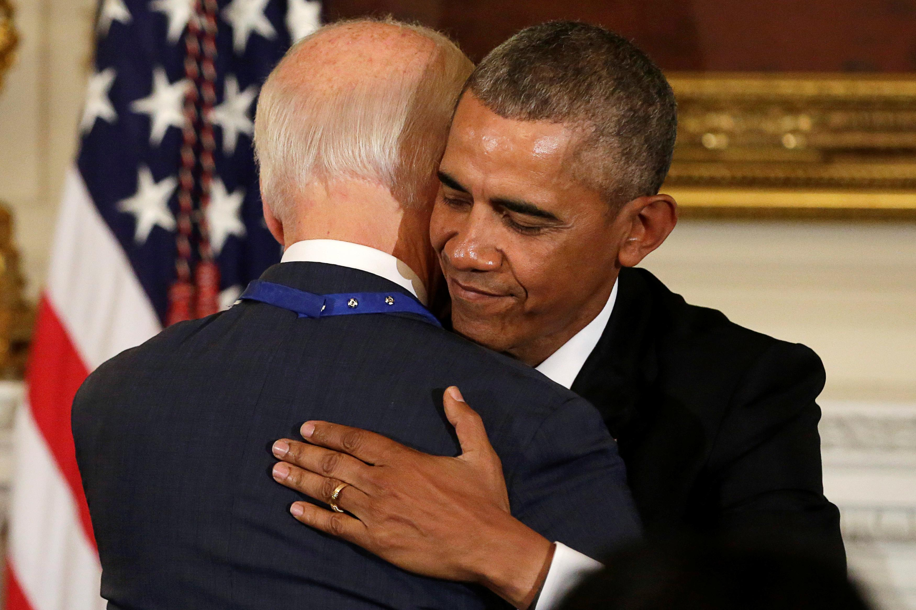 Obama won't endorse Biden or anyone else in primaries