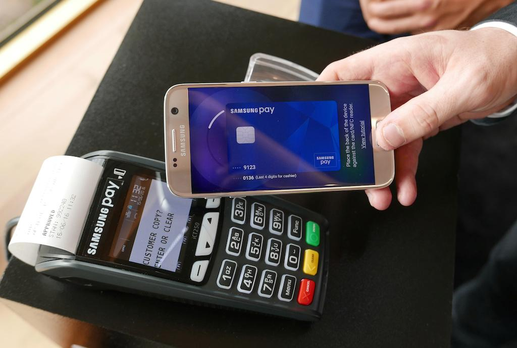 Samsung Pay might work on non-Samsung smartphones next year