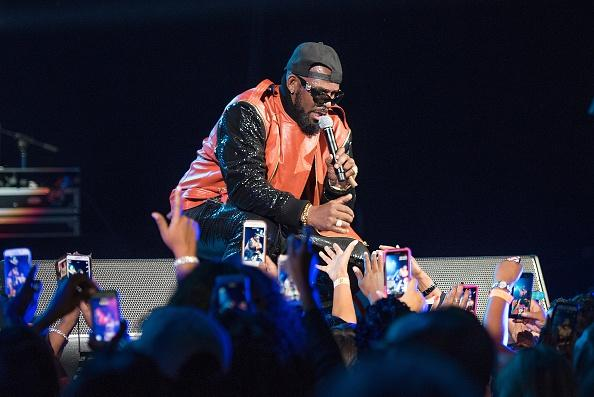 R. Kelly Gives Risqué First Performance Since 'Cult' Report Surfaced