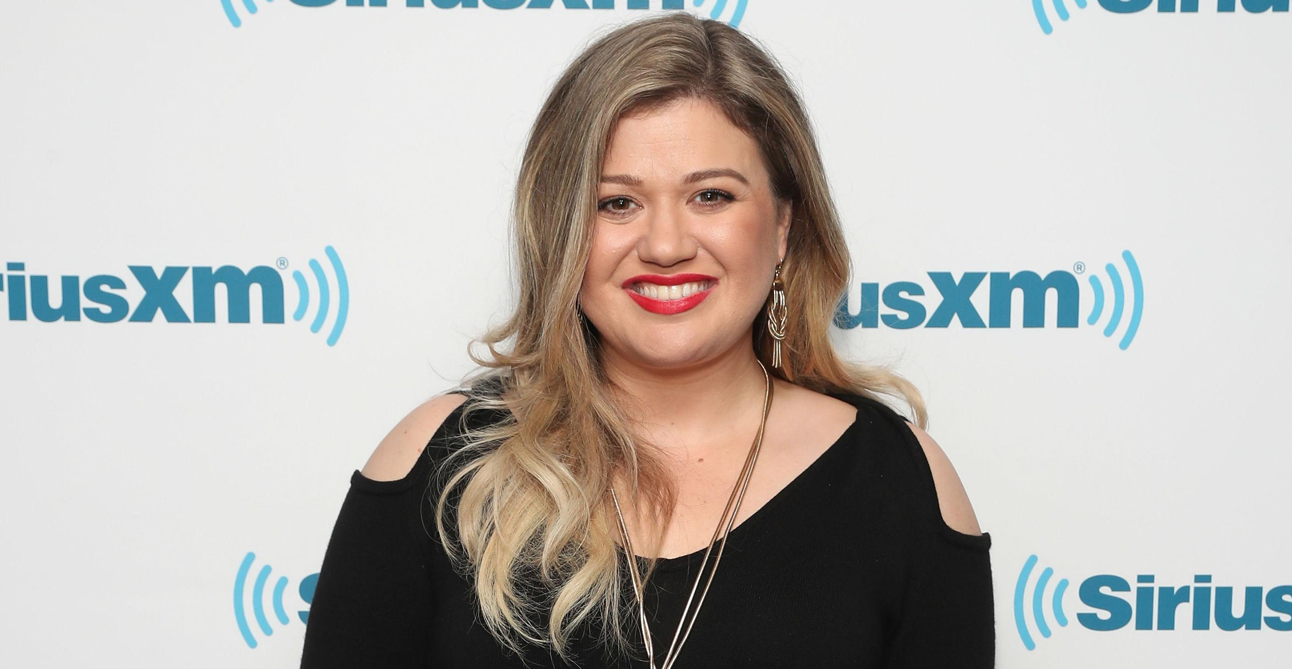 Kelly Clarkson announces 'Meaning of Life' album