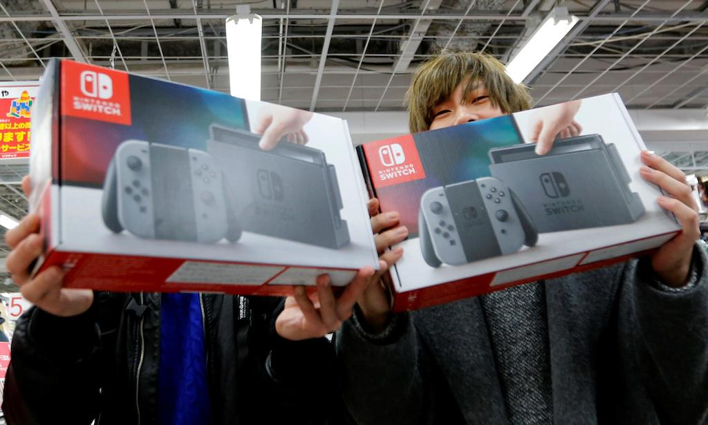 Nintendo focused on supplying enough Switch units for Christmas